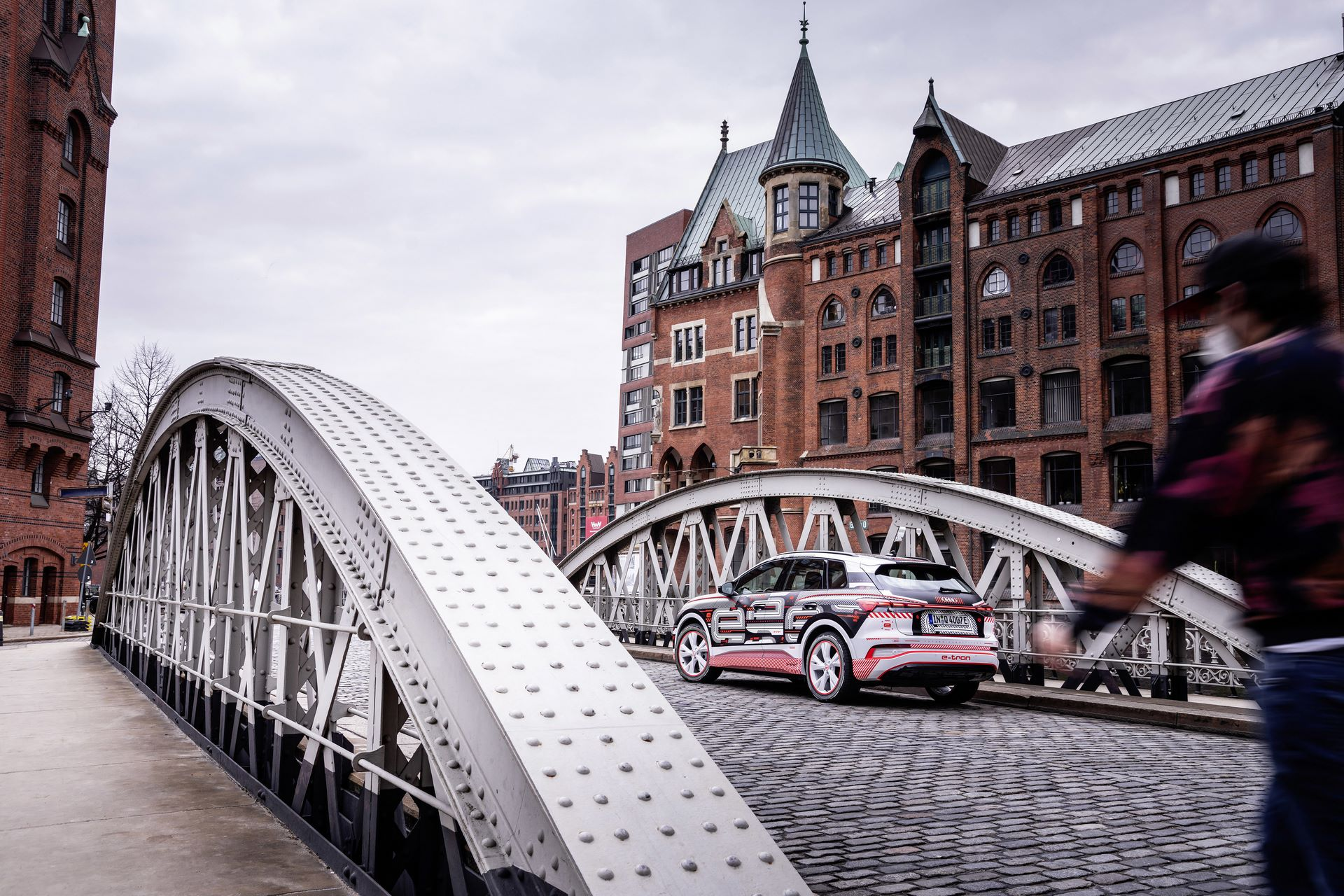 Audi-Q4-E-Tron-74