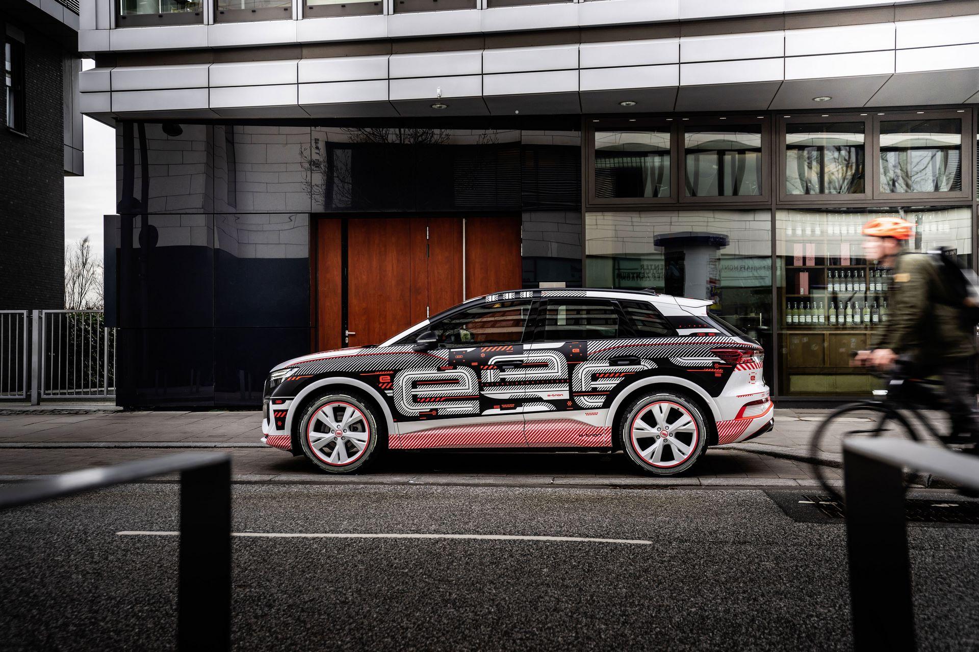Audi-Q4-E-Tron-83