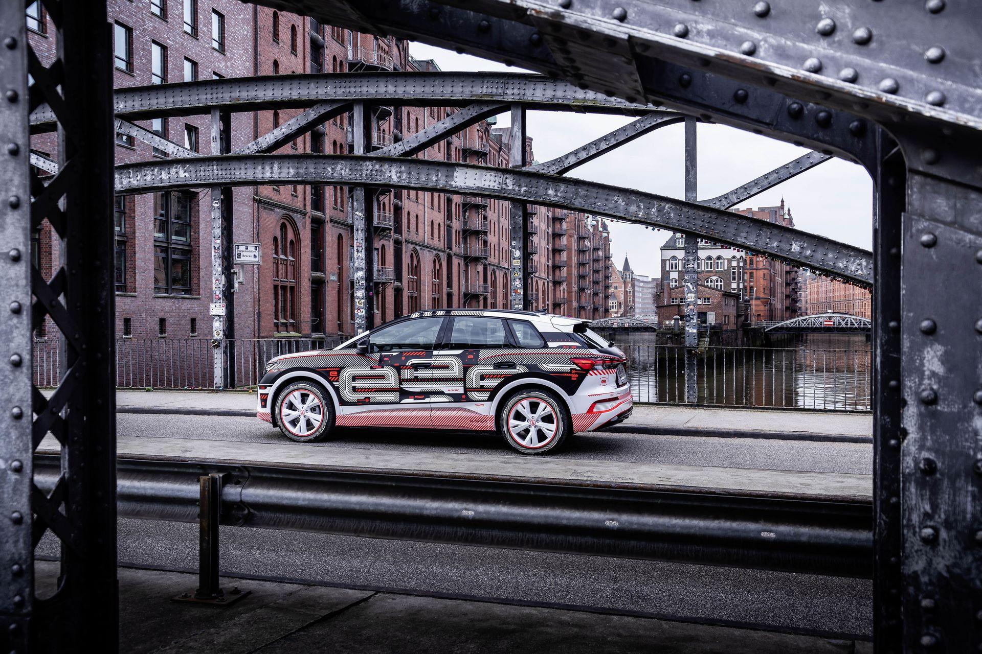 Audi-Q4-E-Tron-87