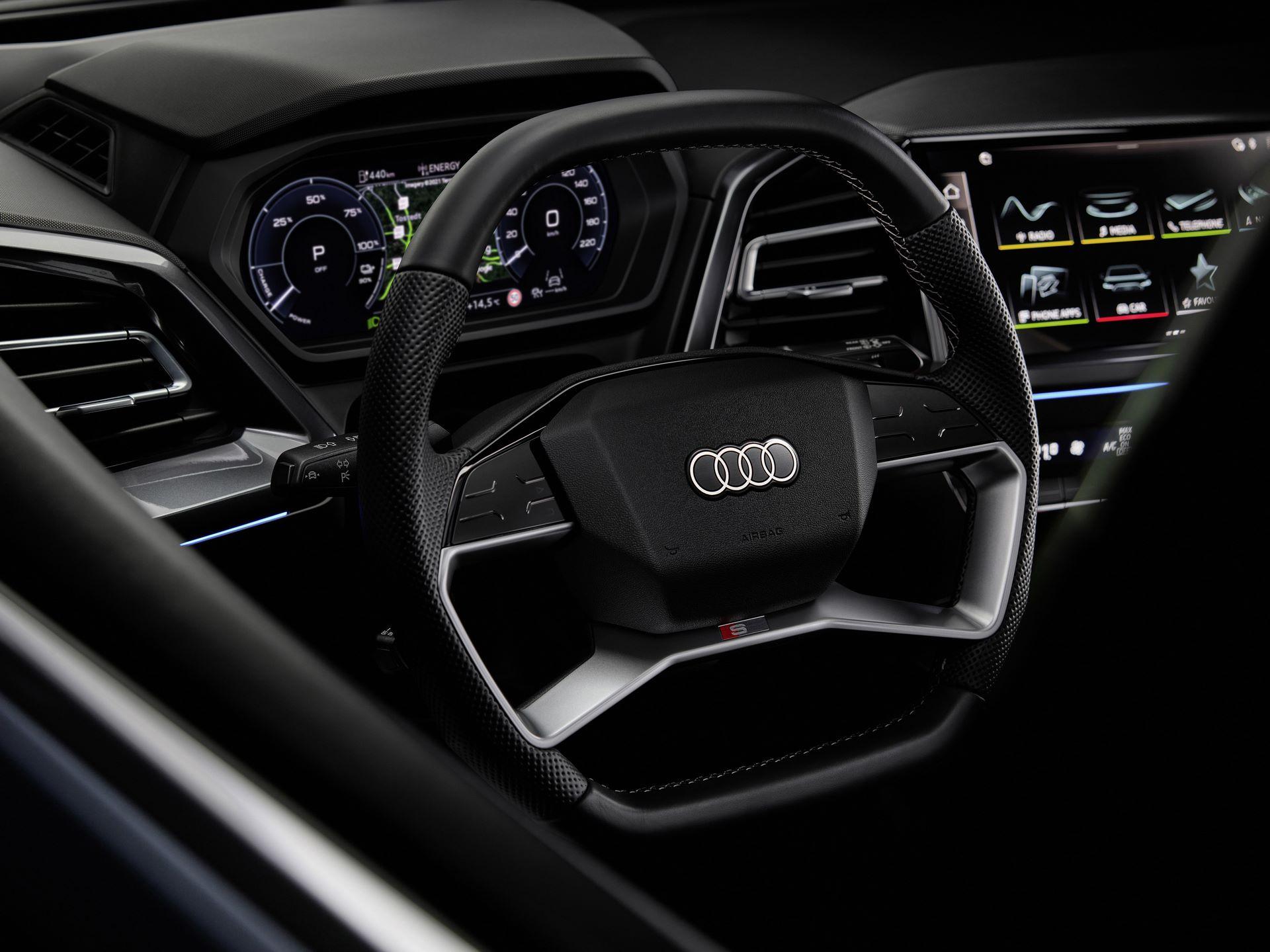Audi-Q4-E-Tron-97