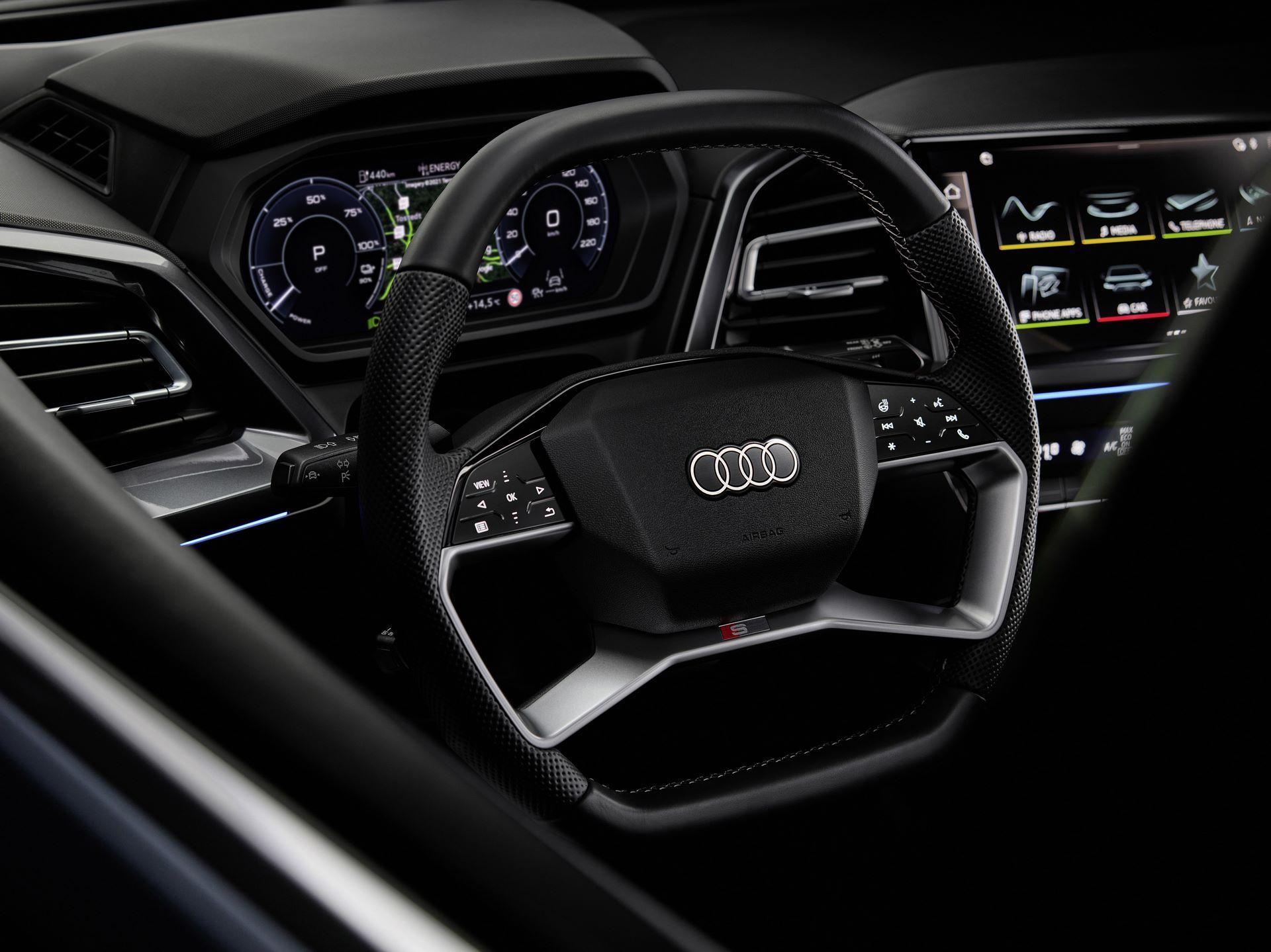 Audi-Q4-E-Tron-98