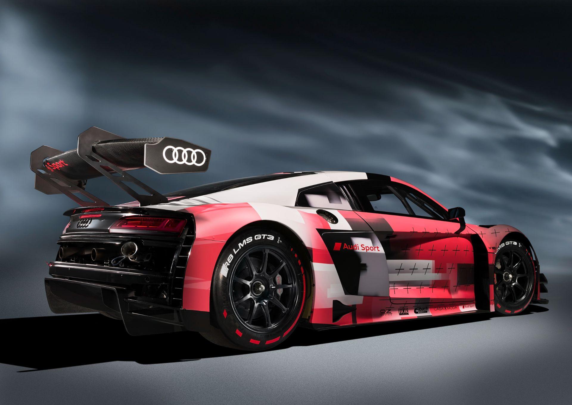Audi-R8-LMS-GT3-Evo-II-4