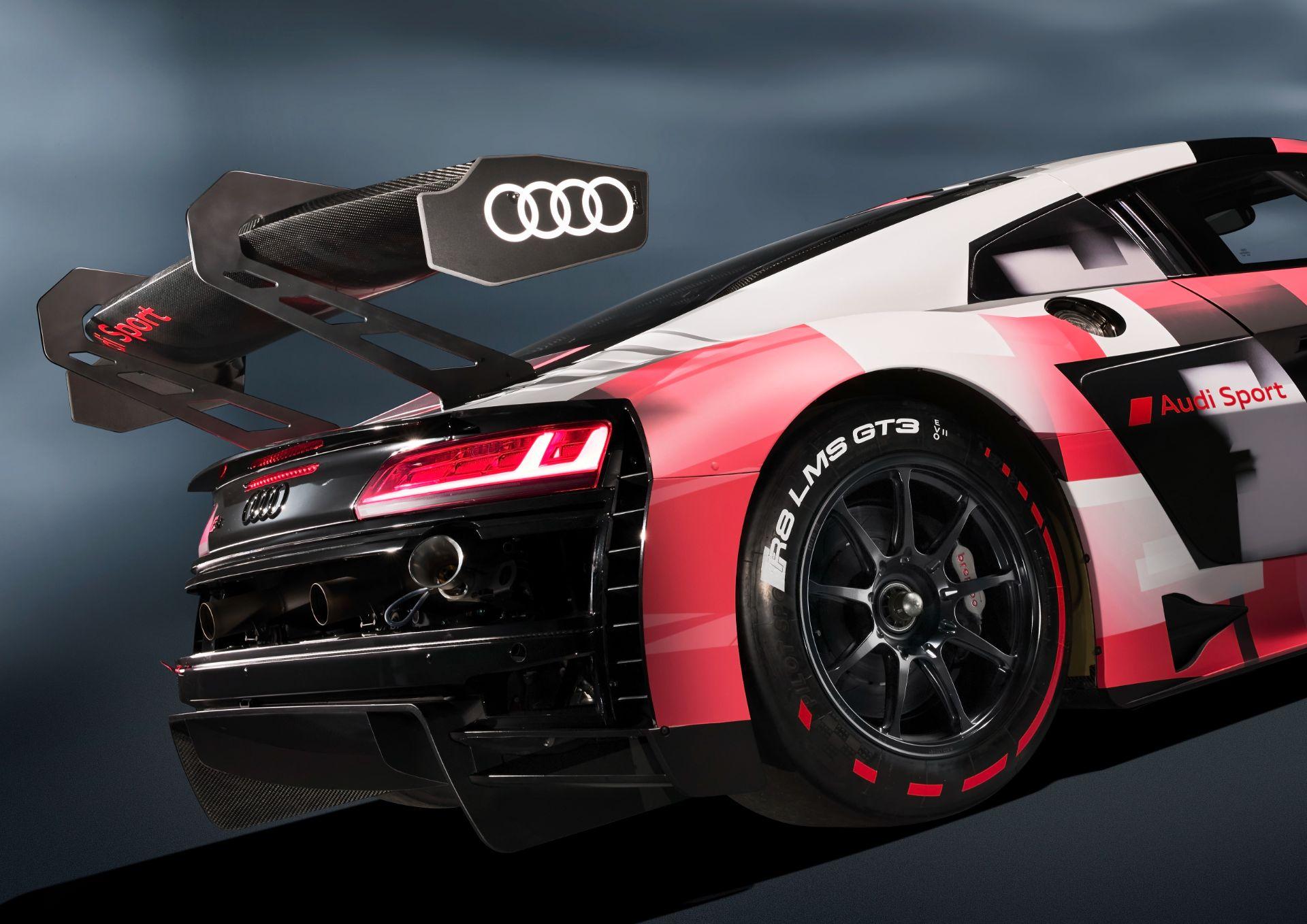 Audi-R8-LMS-GT3-Evo-II-5