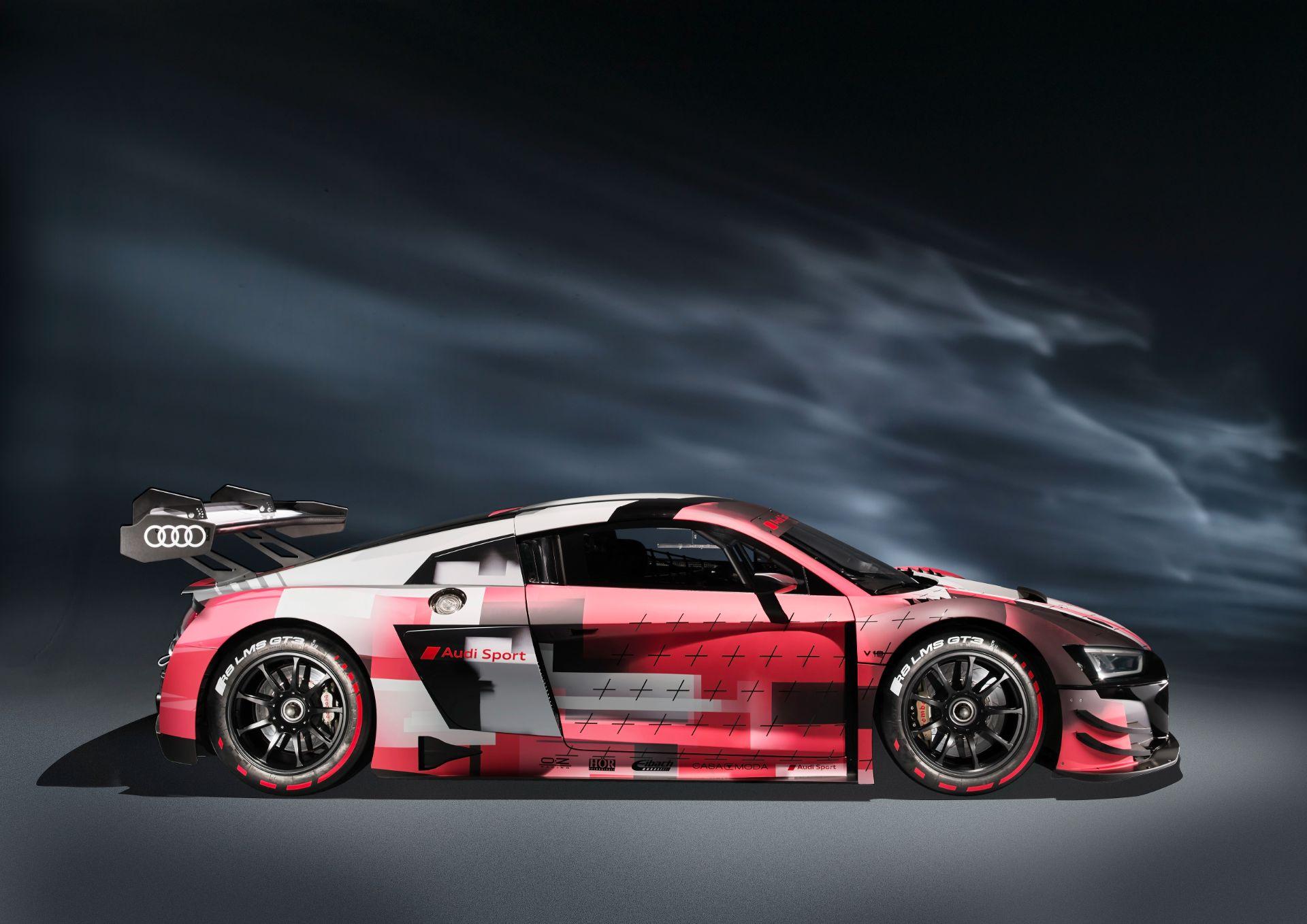 Audi-R8-LMS-GT3-Evo-II-8