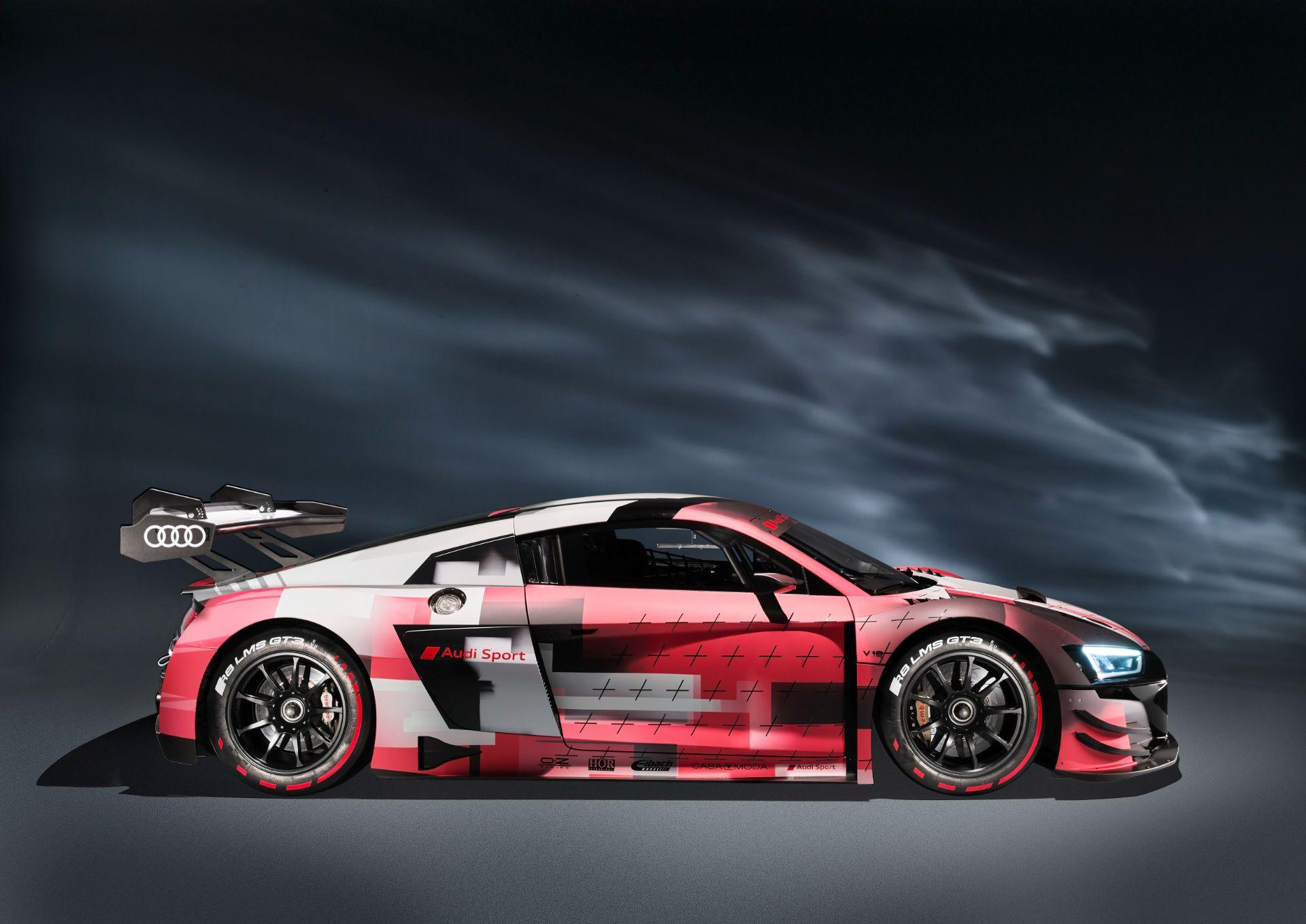 Audi-R8-LMS-GT3-Evo-II-9