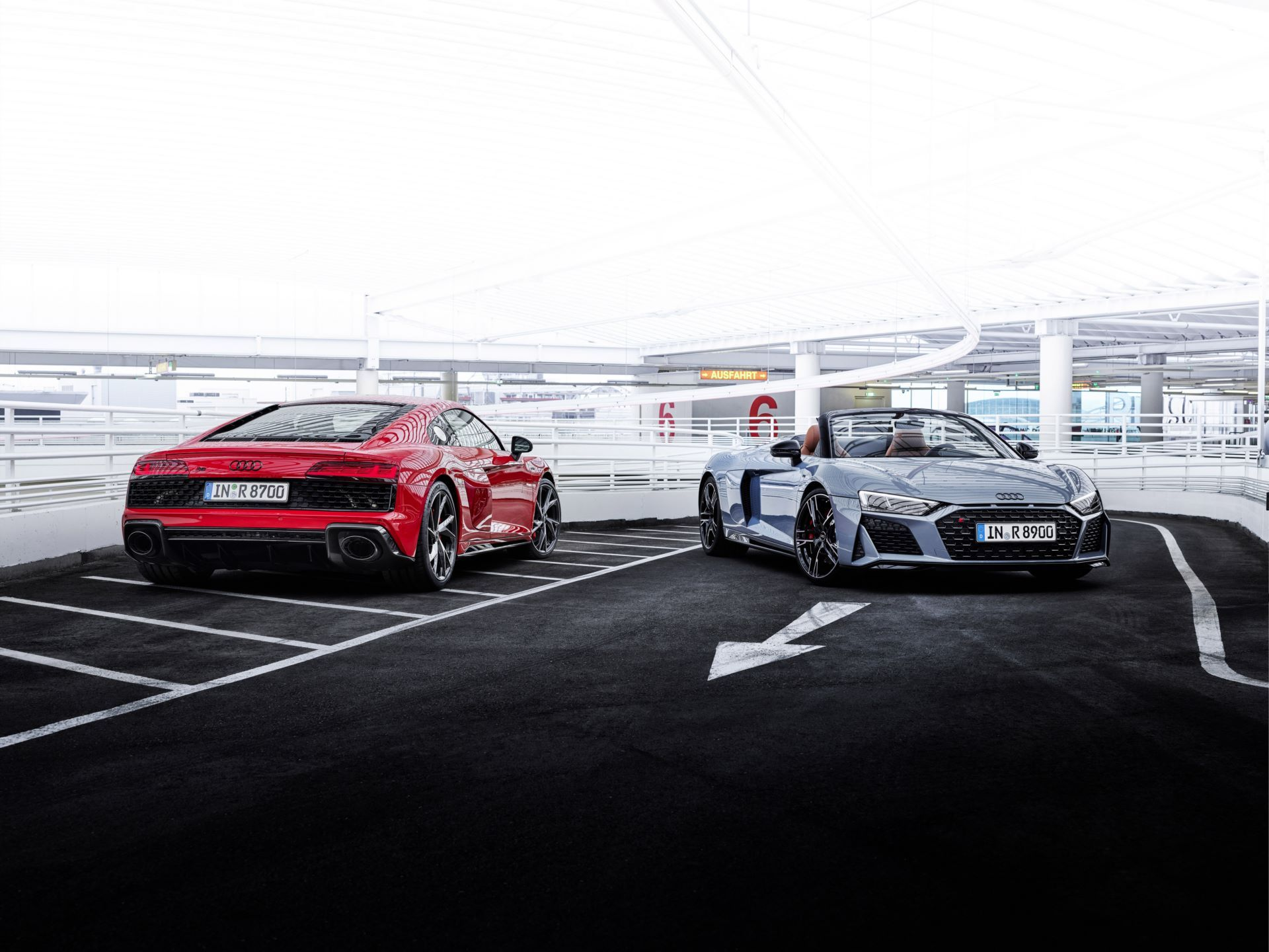 Audi-R8-V10-Performance-RWD-1