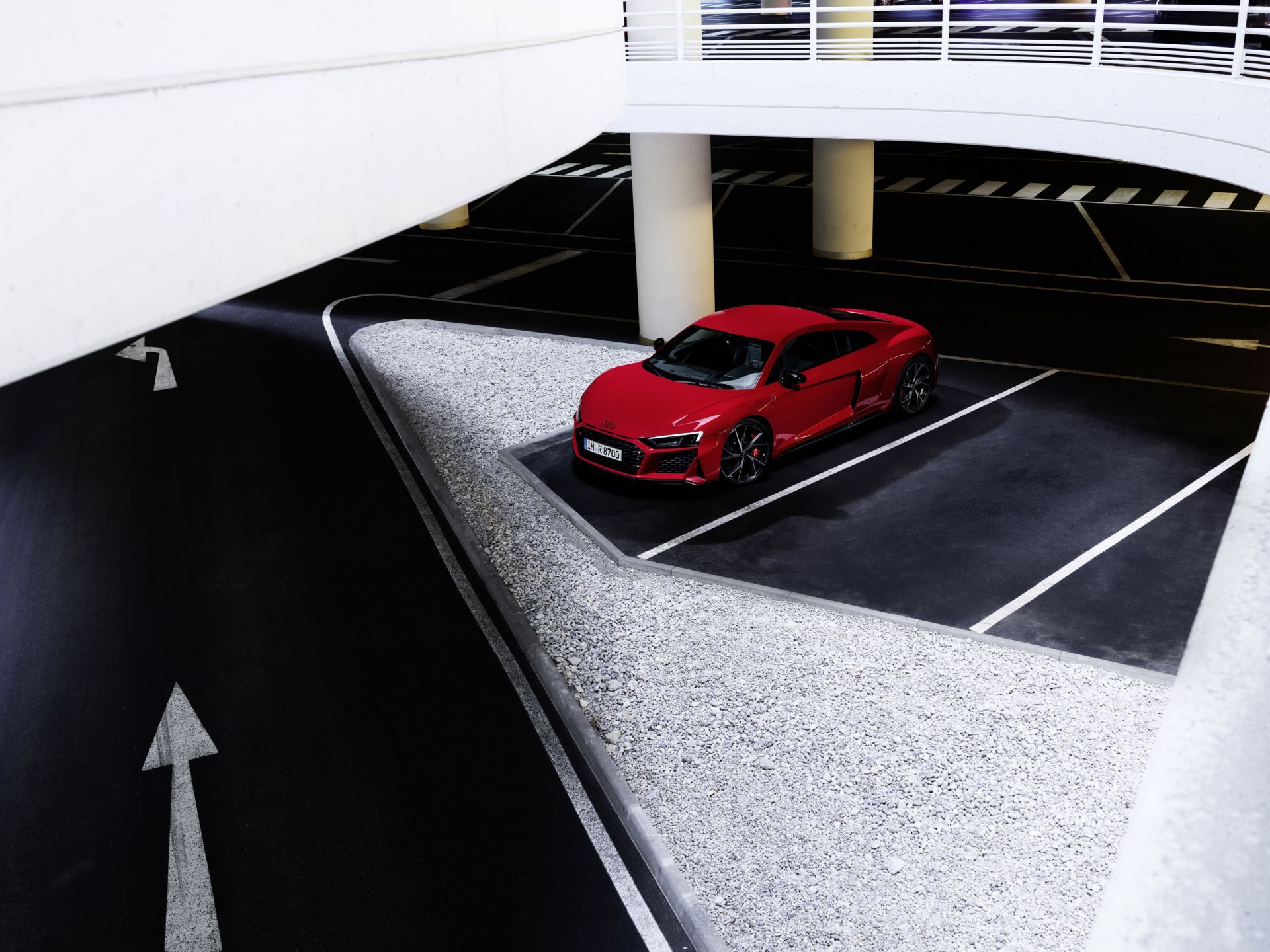 Audi-R8-V10-Performance-RWD-12