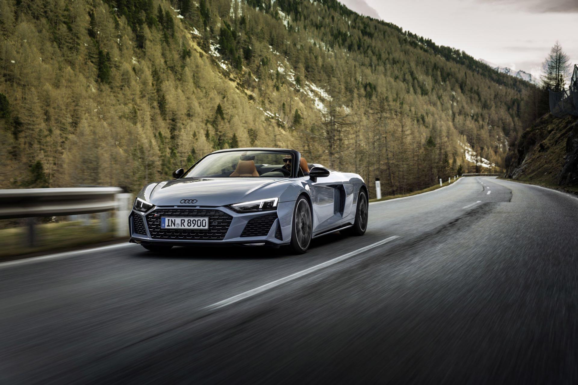 Audi-R8-V10-Performance-RWD-3
