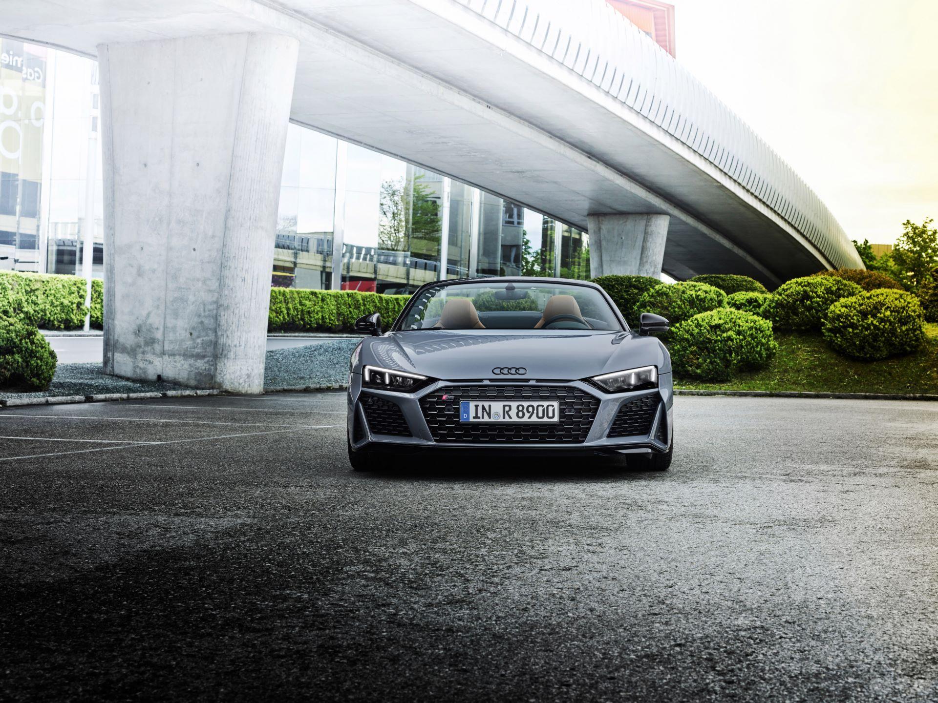 Audi-R8-V10-Performance-RWD-7