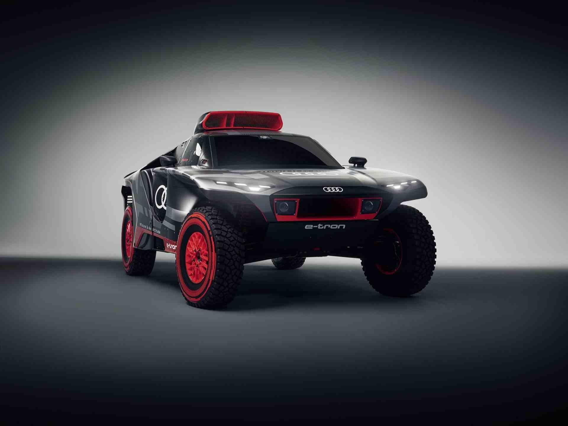 Audi-RS-Q-e-tron-17