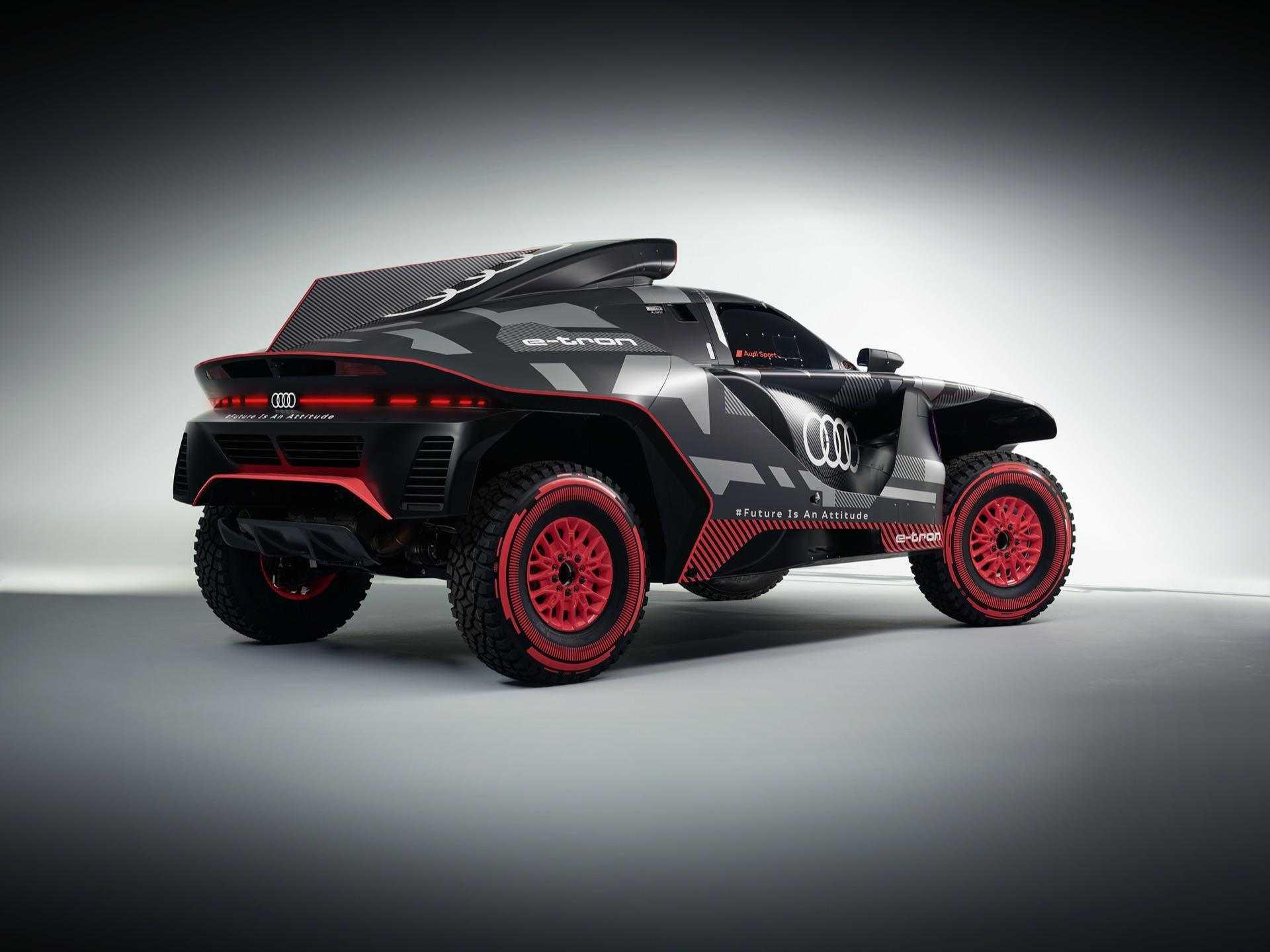 Audi-RS-Q-e-tron-19