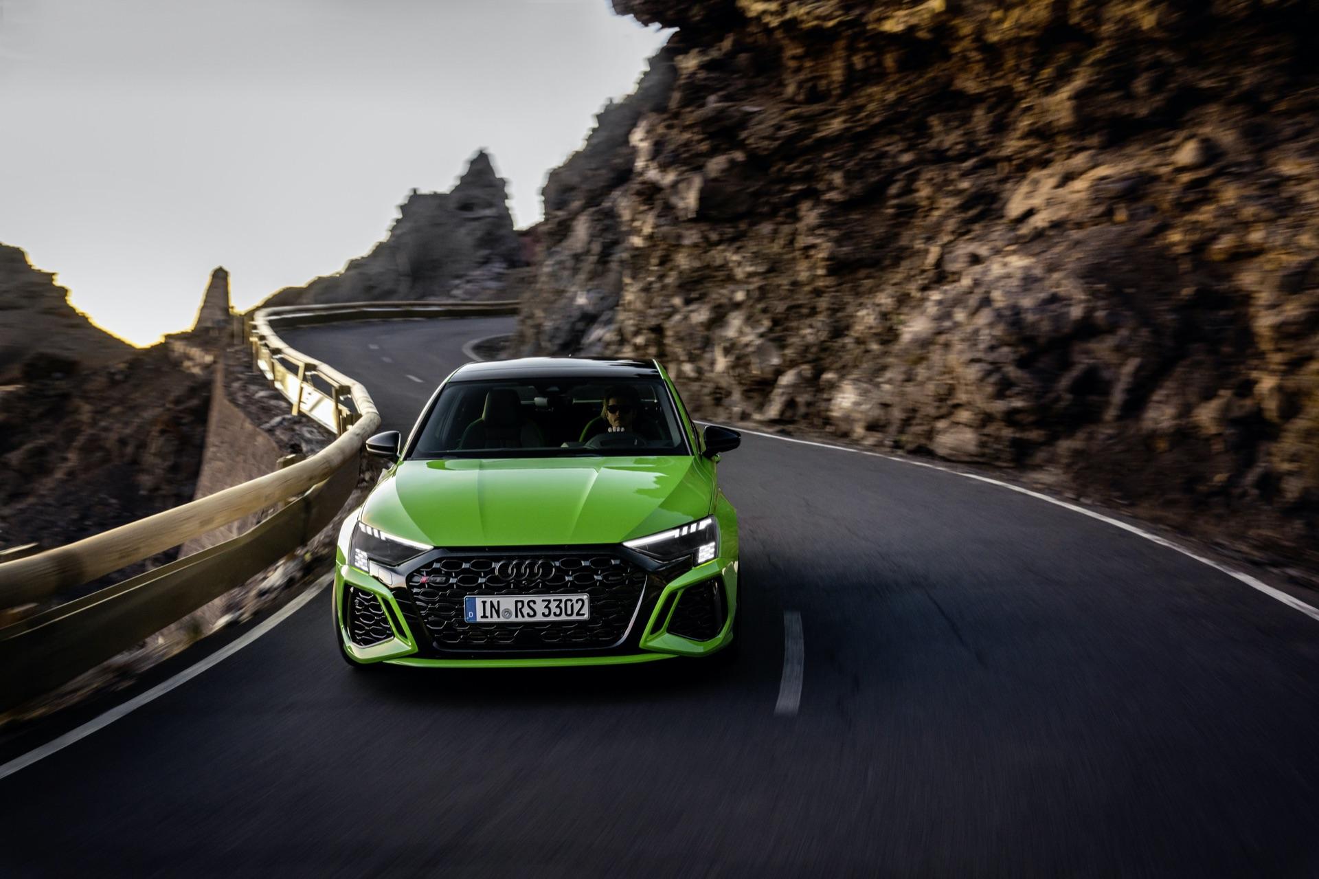 Audi-RS3-107