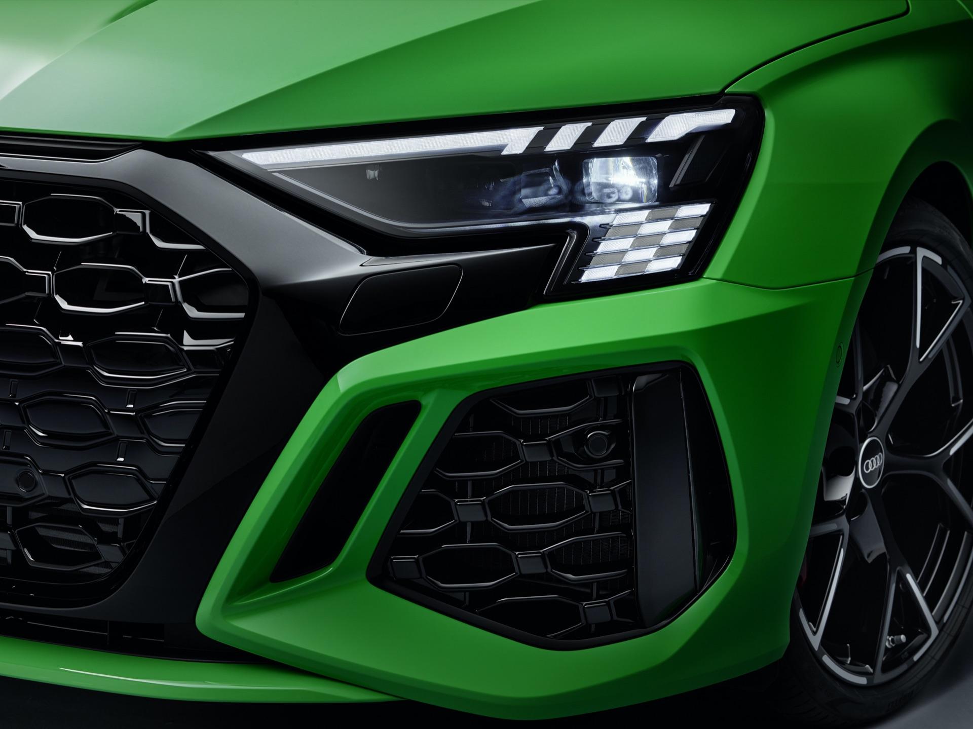 Audi-RS3-165