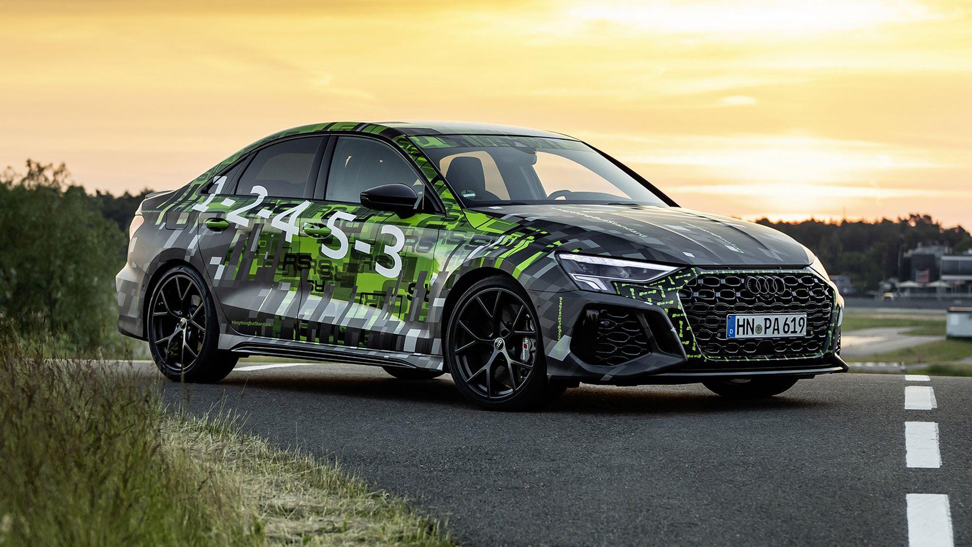 2022-audi-rs3-sedan-1