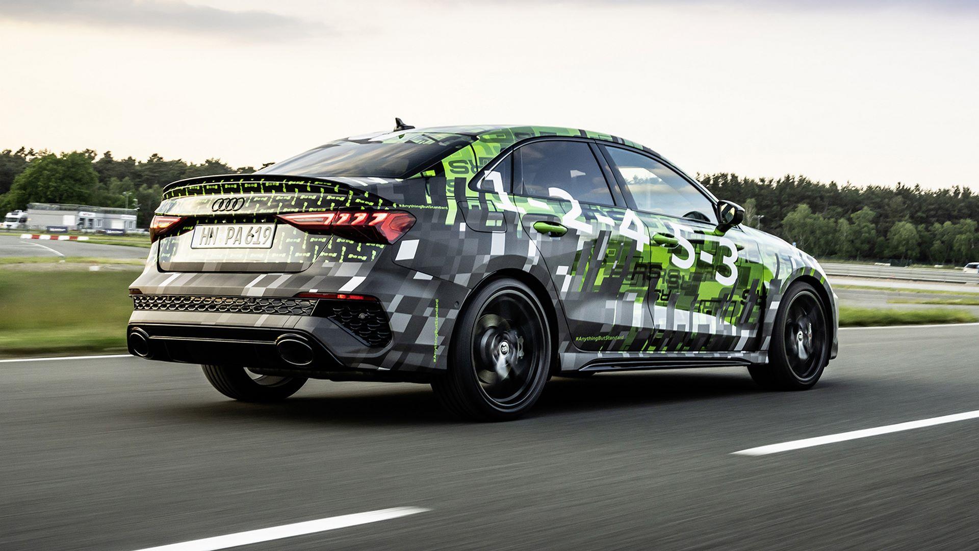 2022-audi-rs3-sedan-8