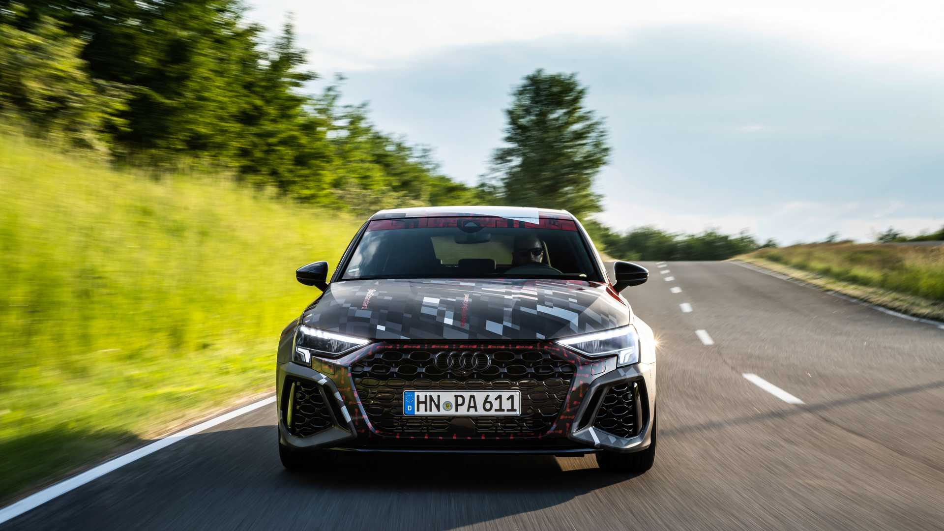 2022-audi-rs3-sportback-front-view-3