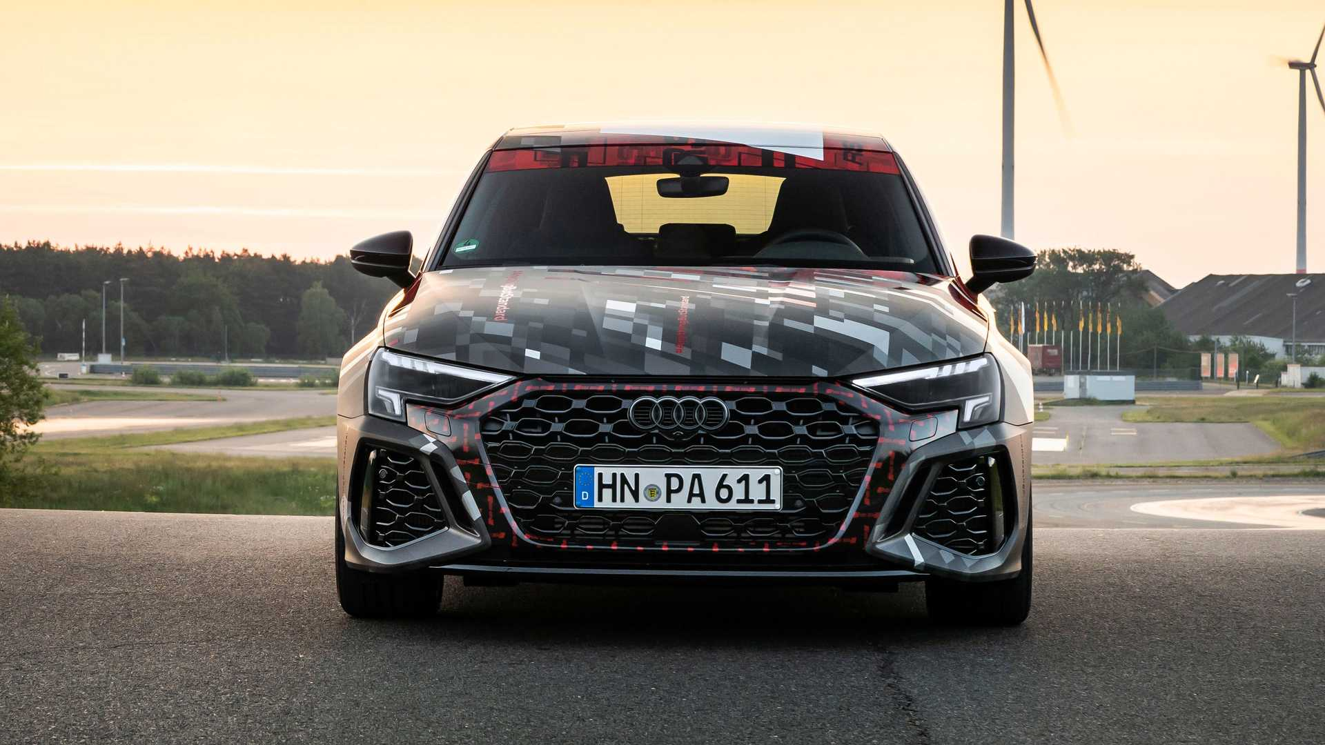 2022-audi-rs3-sportback-front-view