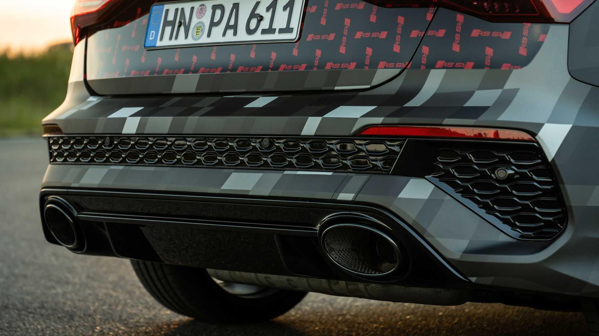 2022-audi-rs3-sportback-rear-bumper-exhausts