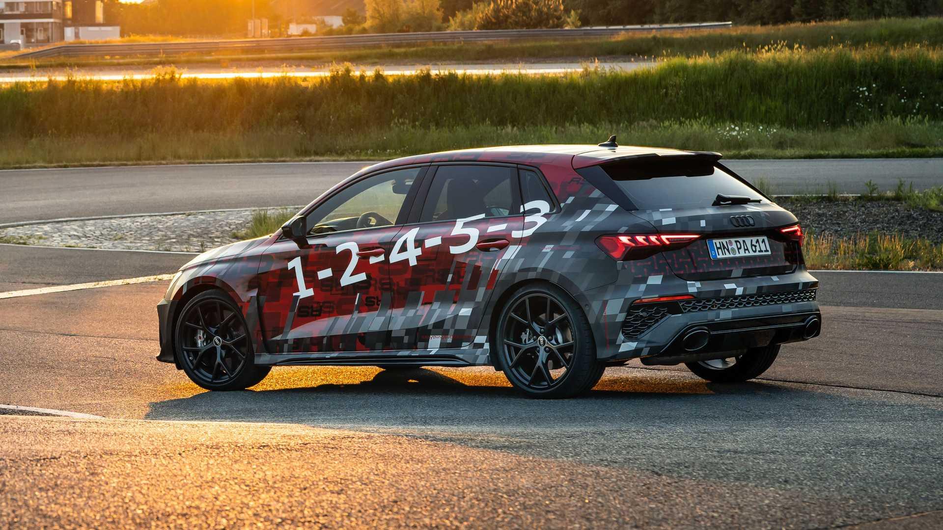 2022-audi-rs3-sportback-rear-quarter-2