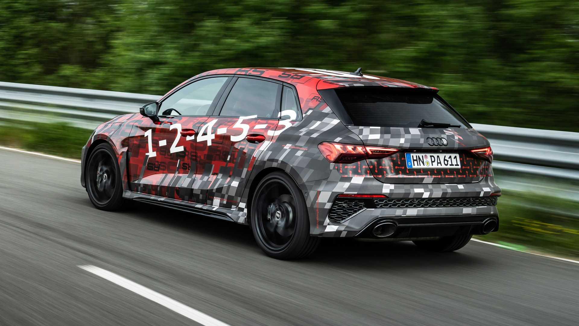 2022-audi-rs3-sportback-rear-quarter-4