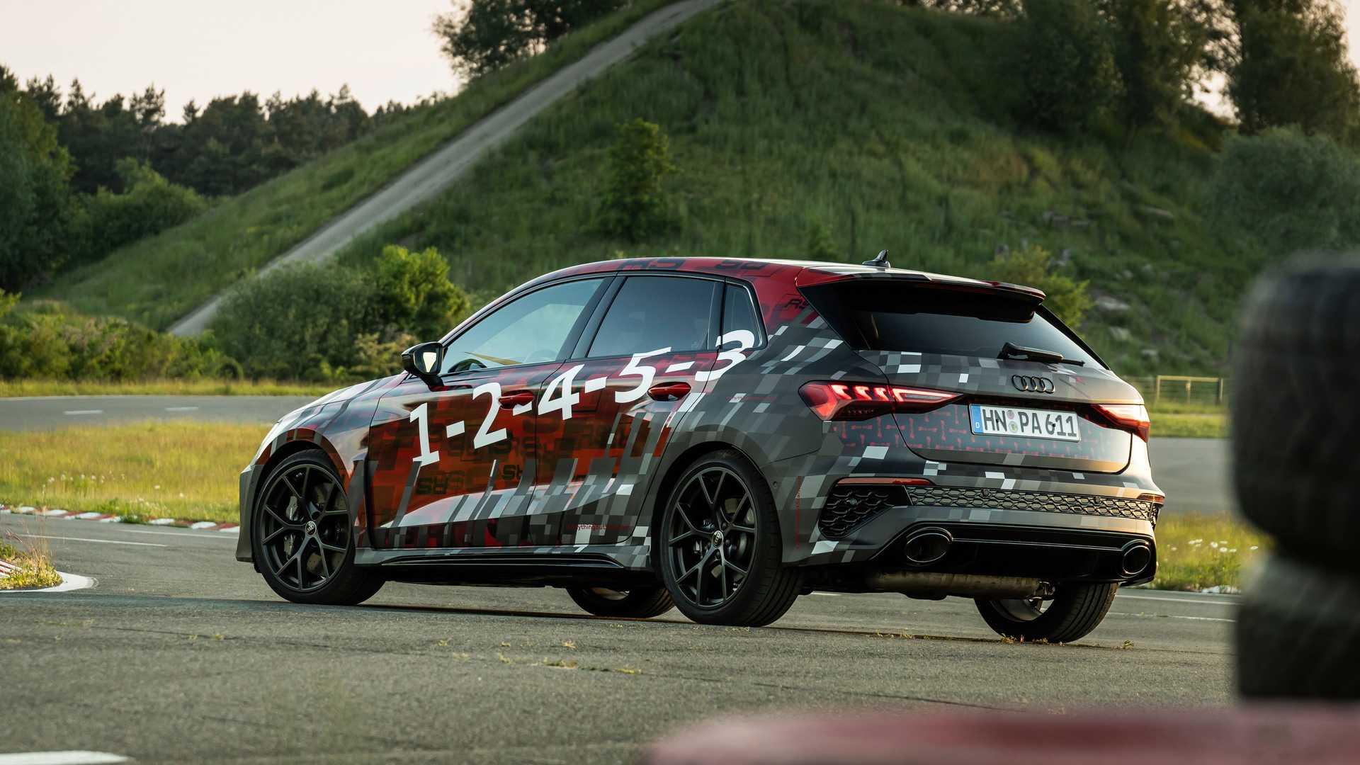 2022-audi-rs3-sportback-rear-quarter