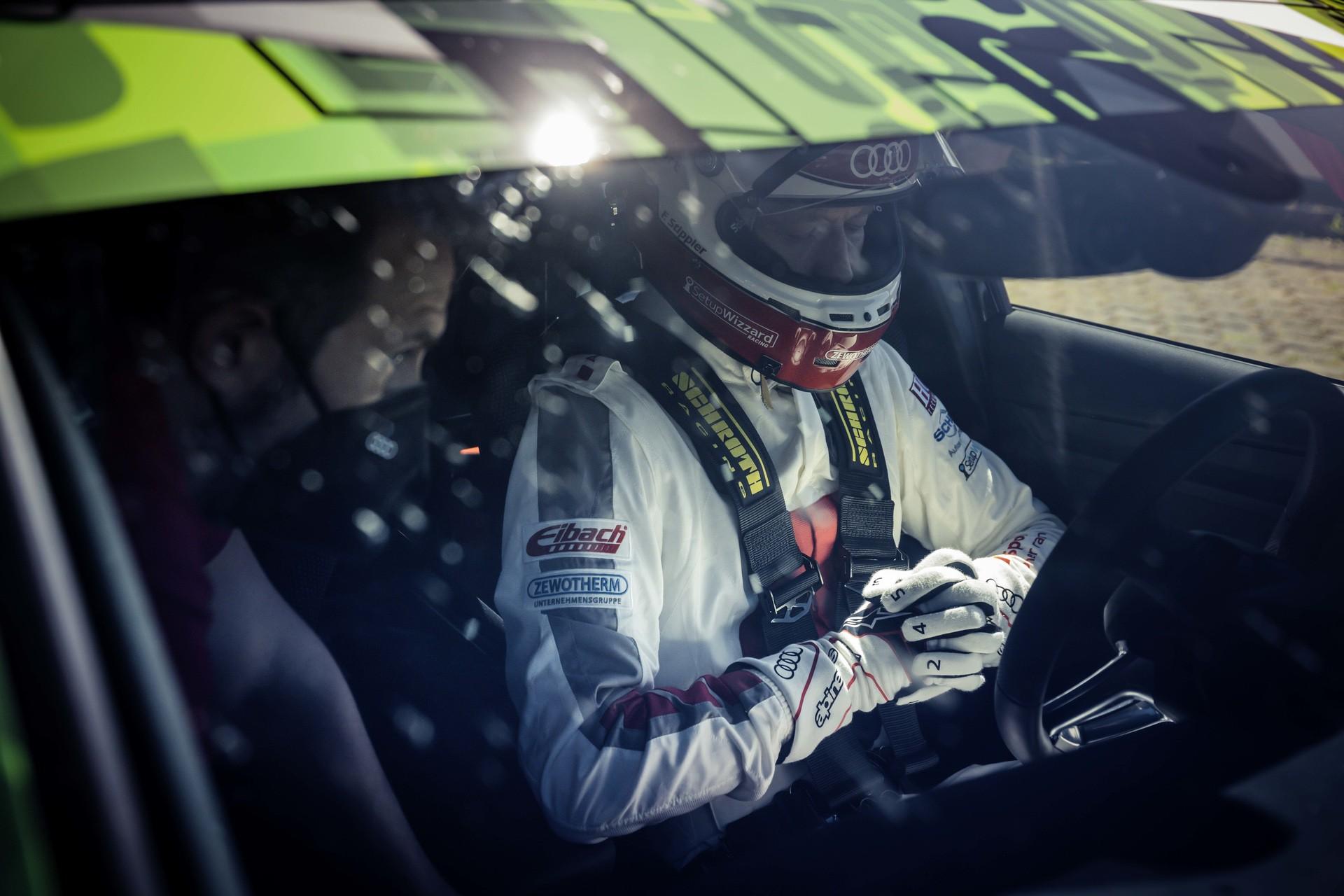 Audi_RS3_Sedan_Nurburgring_lap_record-0003