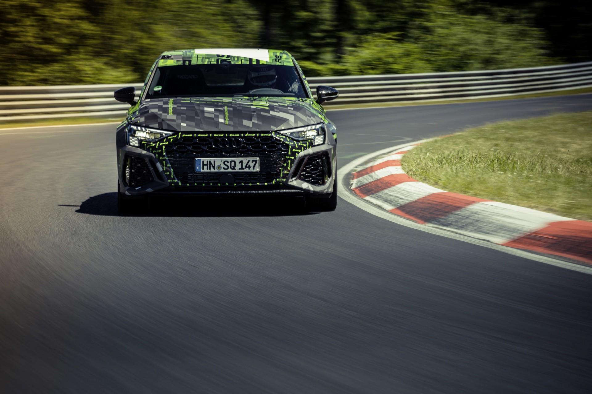 Audi_RS3_Sedan_Nurburgring_lap_record-0006