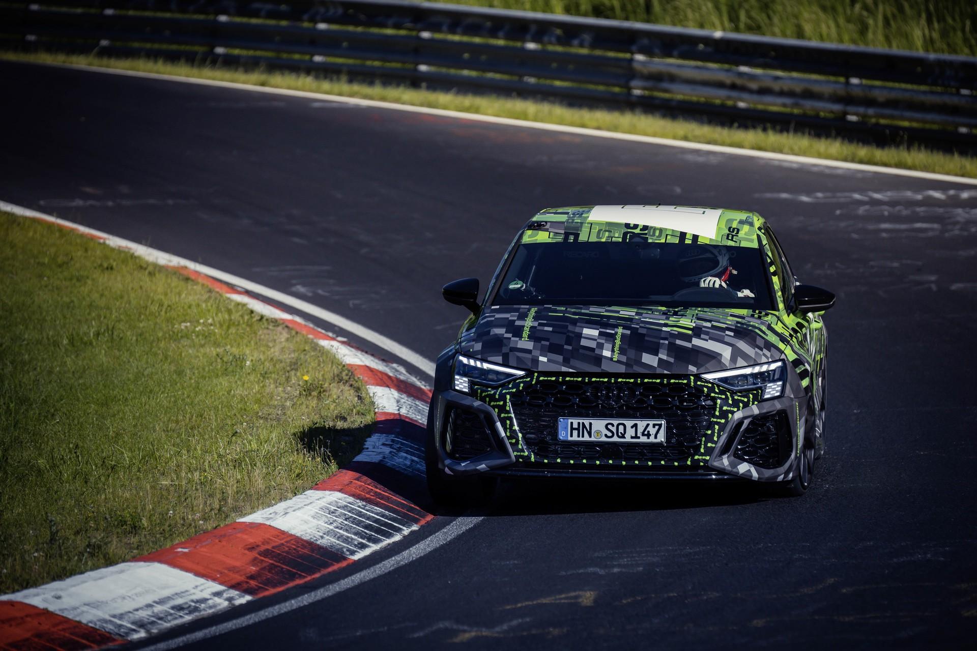 Audi_RS3_Sedan_Nurburgring_lap_record-0010