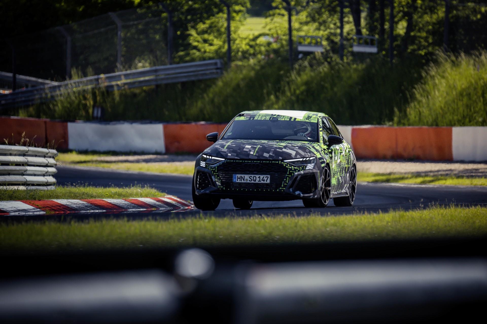 Audi_RS3_Sedan_Nurburgring_lap_record-0011