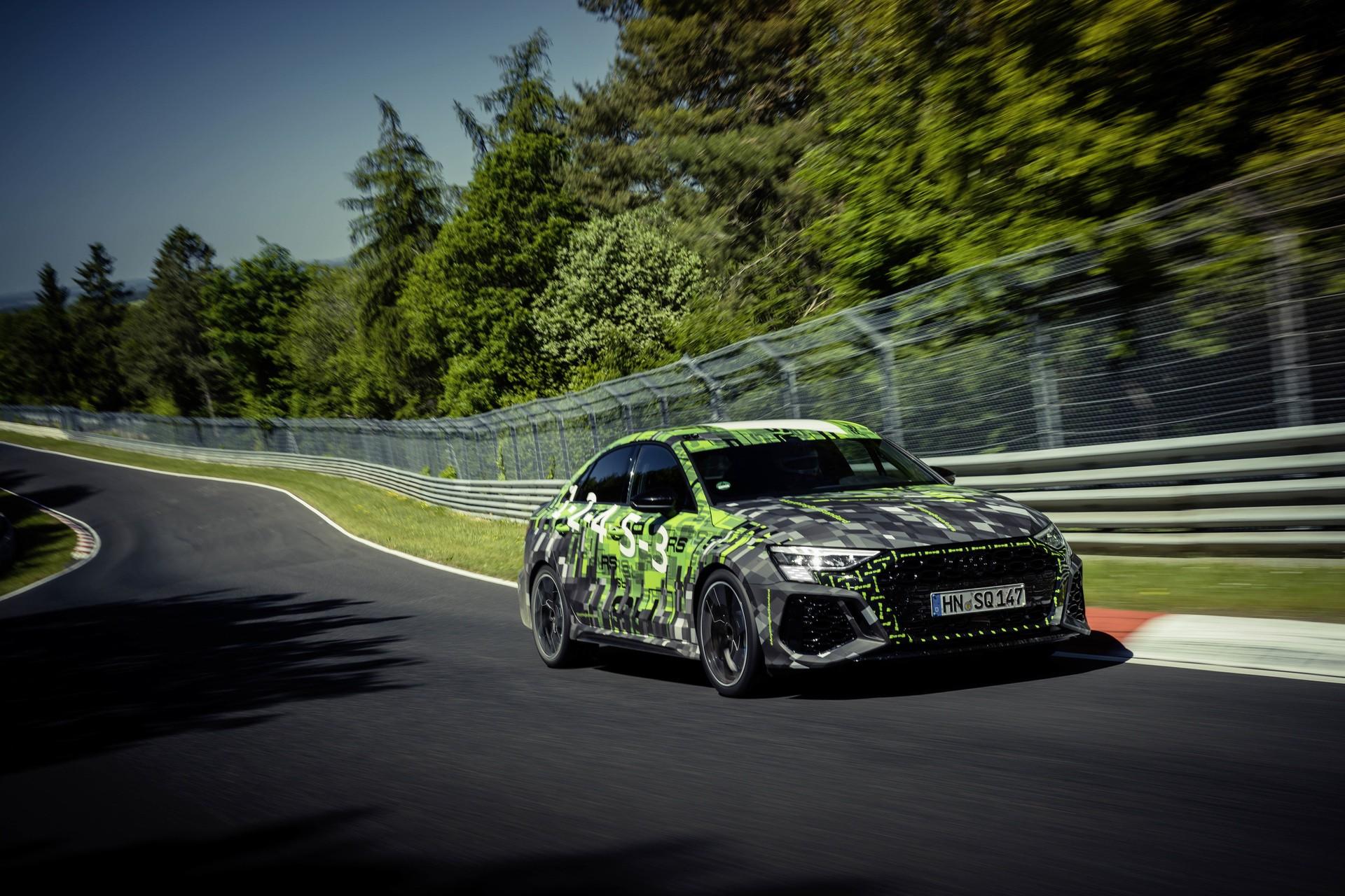 Audi_RS3_Sedan_Nurburgring_lap_record-0013