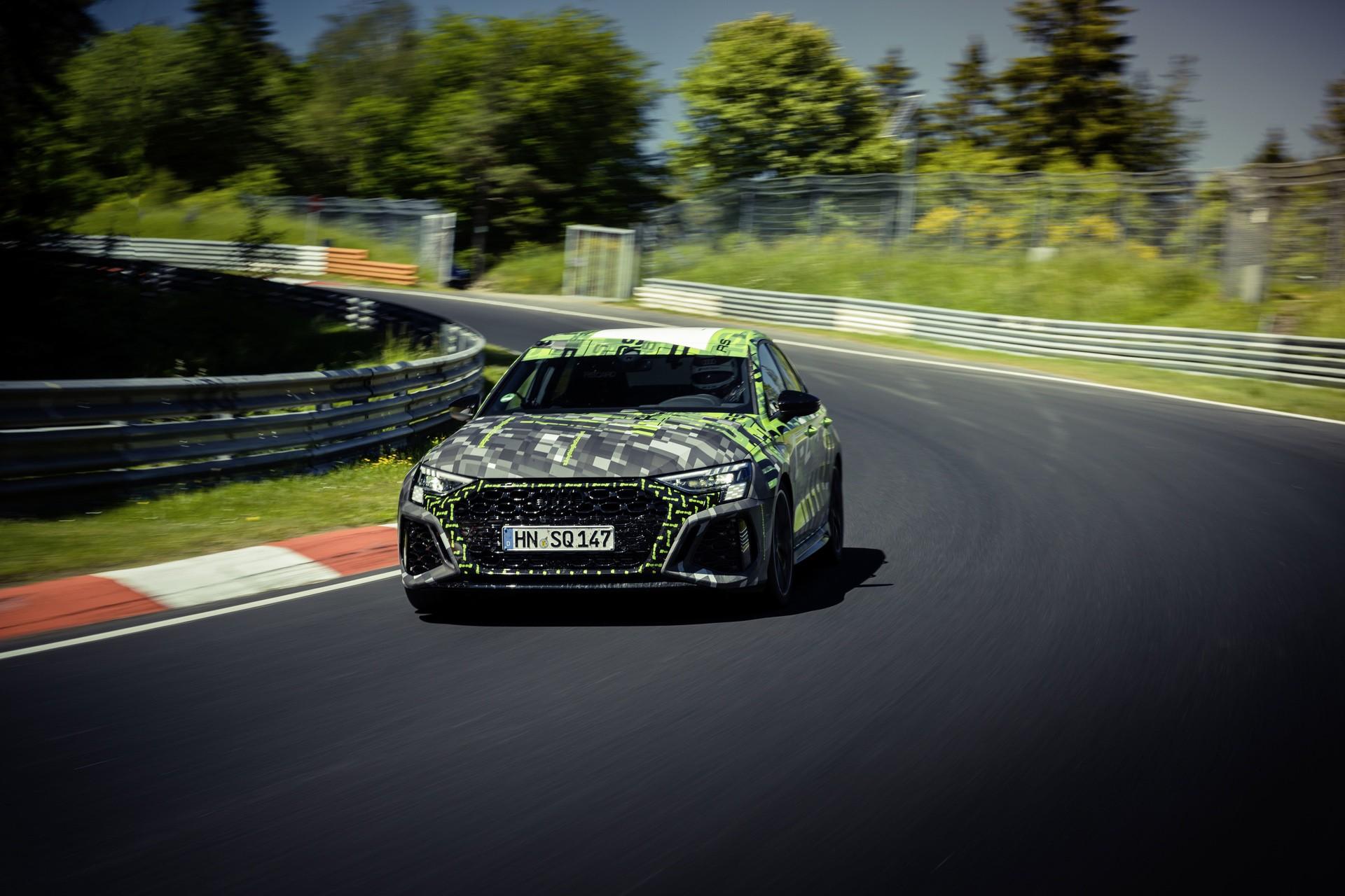 Audi_RS3_Sedan_Nurburgring_lap_record-0014
