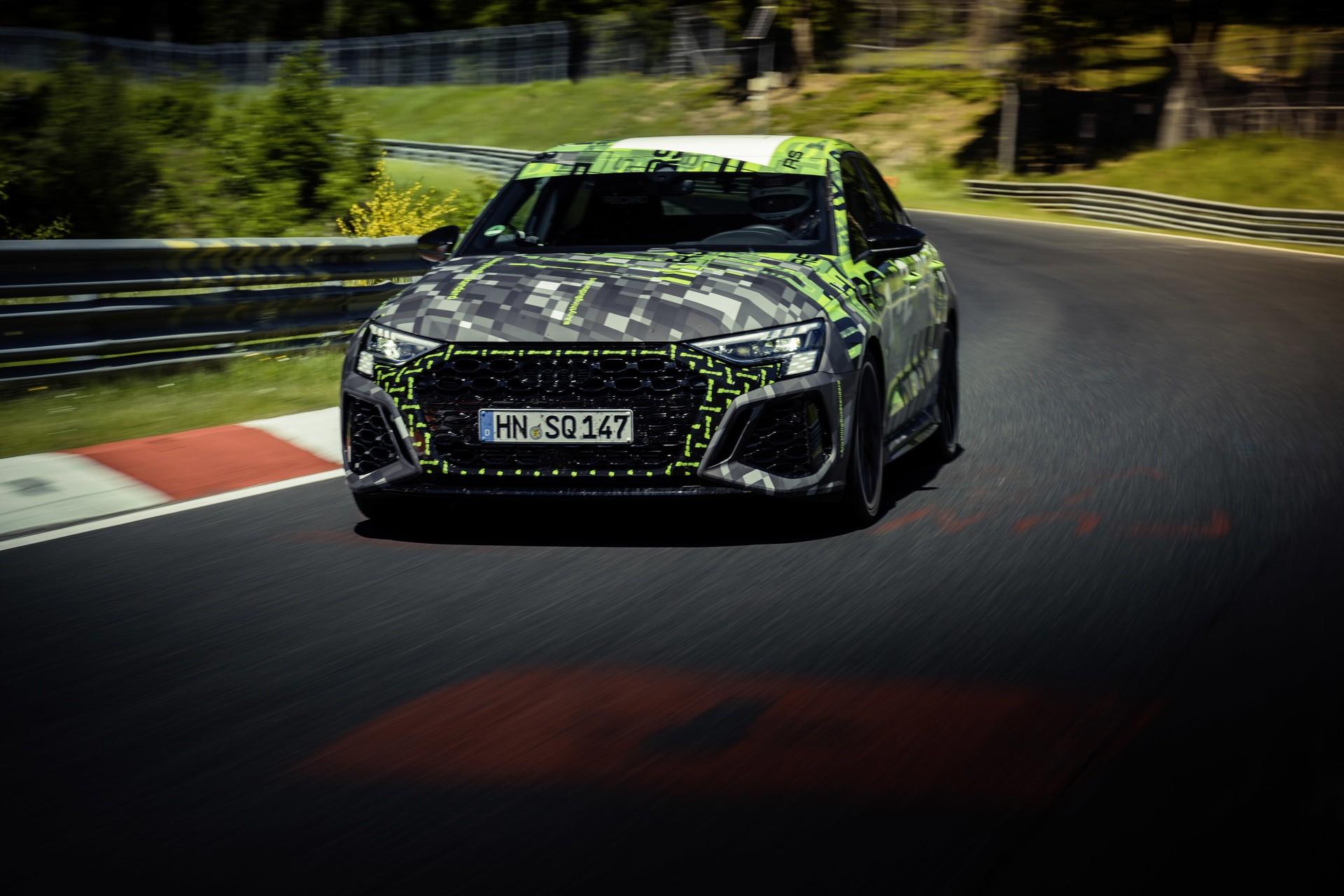 Audi_RS3_Sedan_Nurburgring_lap_record-0016