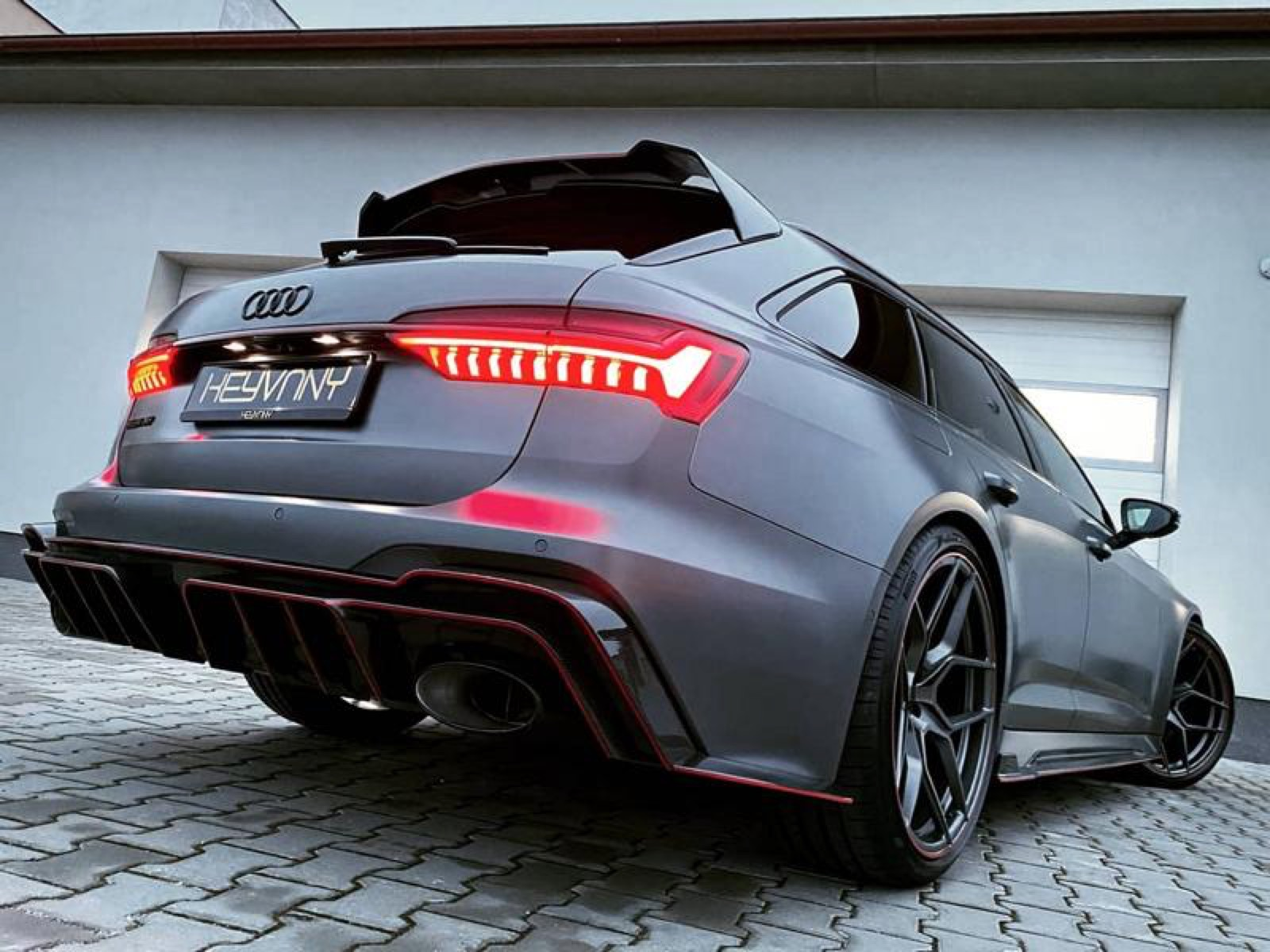 Audi-RS6-Avant-by-Keyvany-2