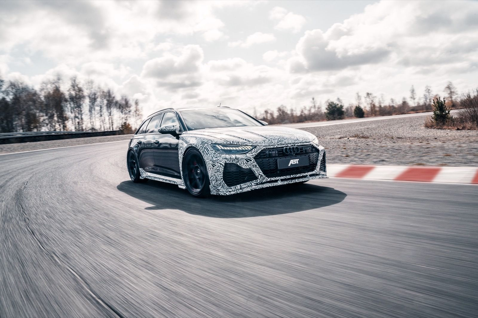 Audi_RS6_Johann_Abt_Signature_Edition-0025