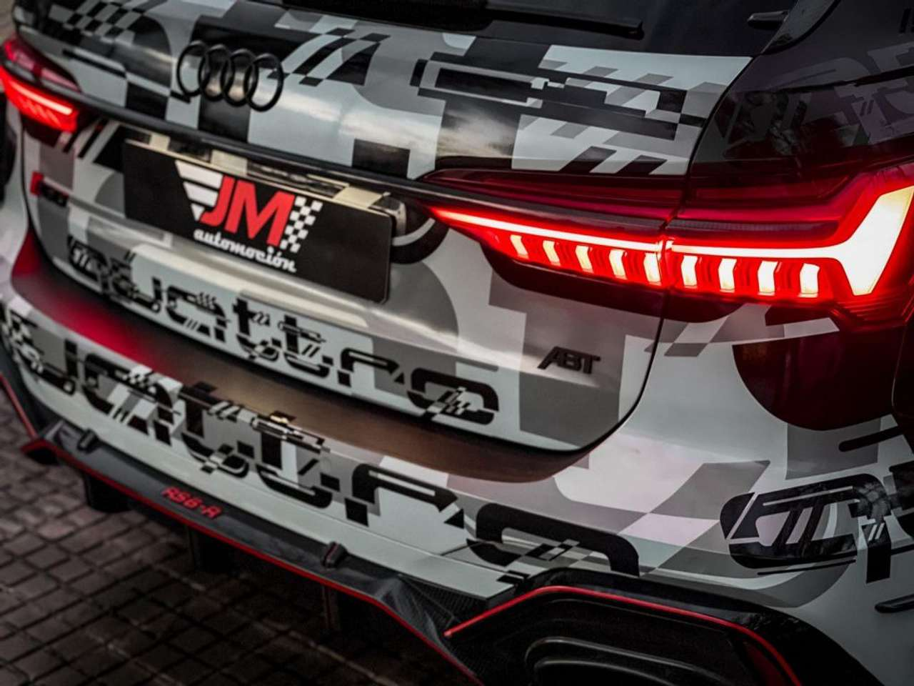 Audi-RS6-Jon-Olsson-for-sale-13