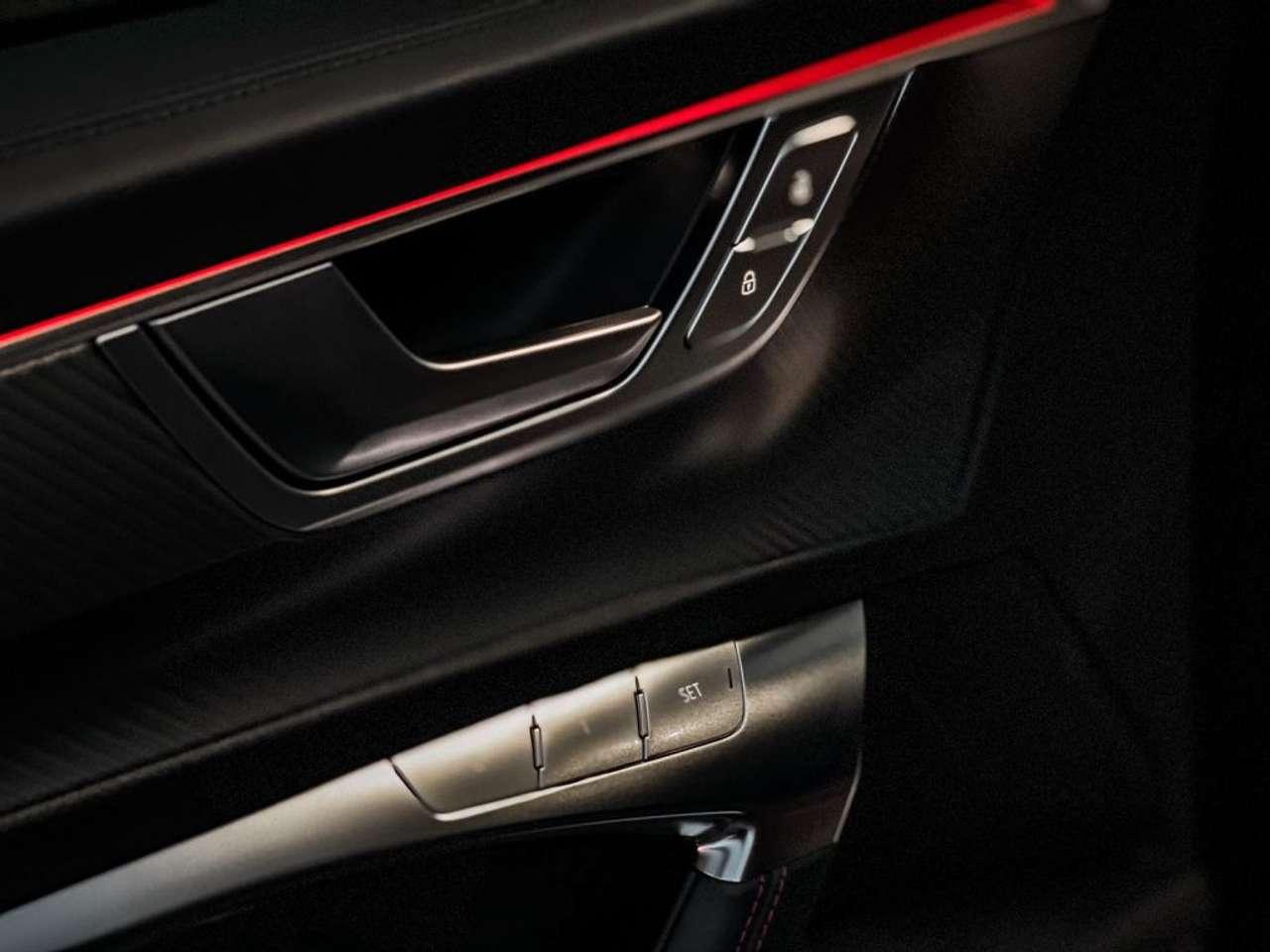 Audi-RS6-Jon-Olsson-for-sale-16