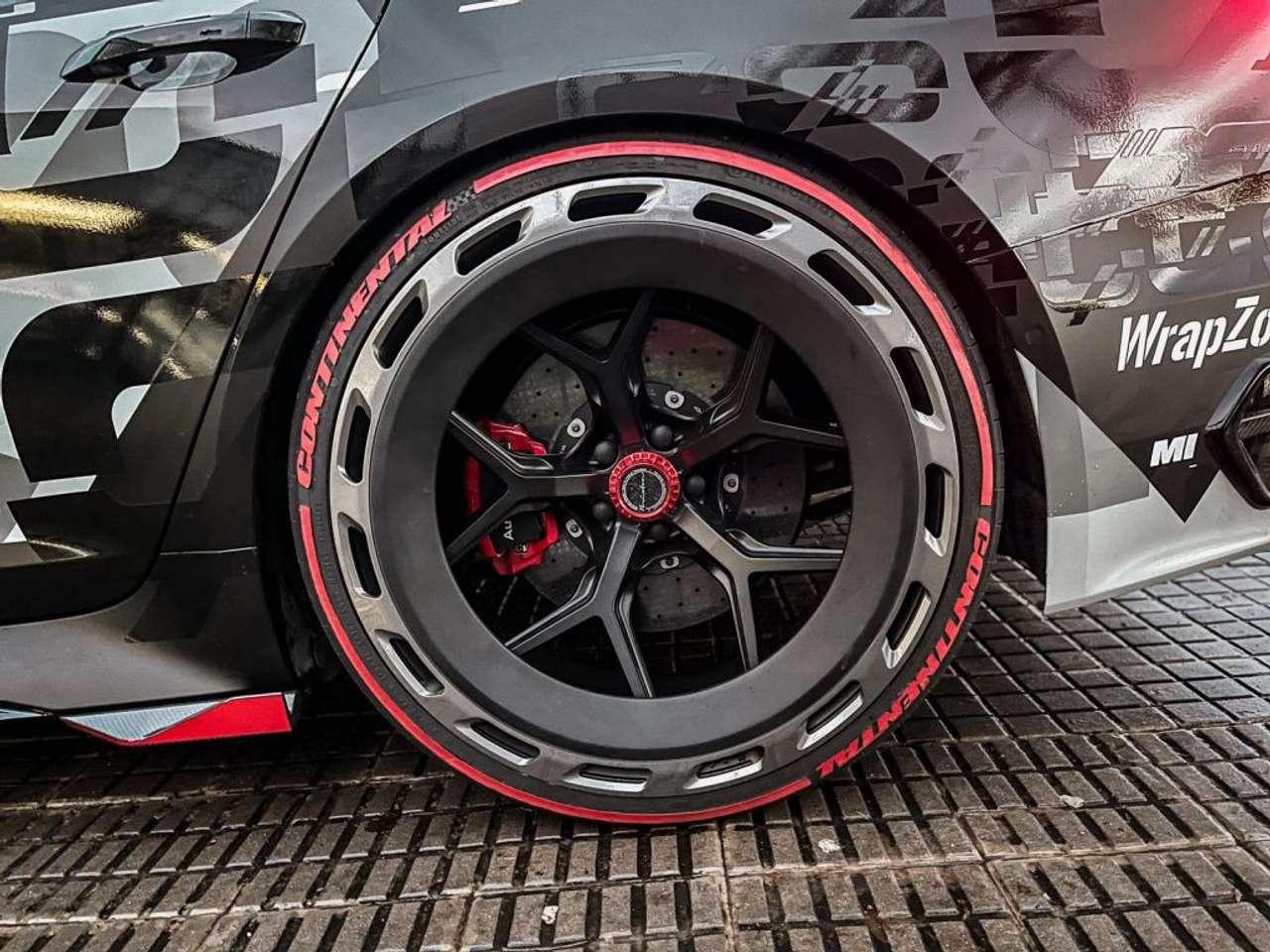 Audi-RS6-Jon-Olsson-for-sale-17