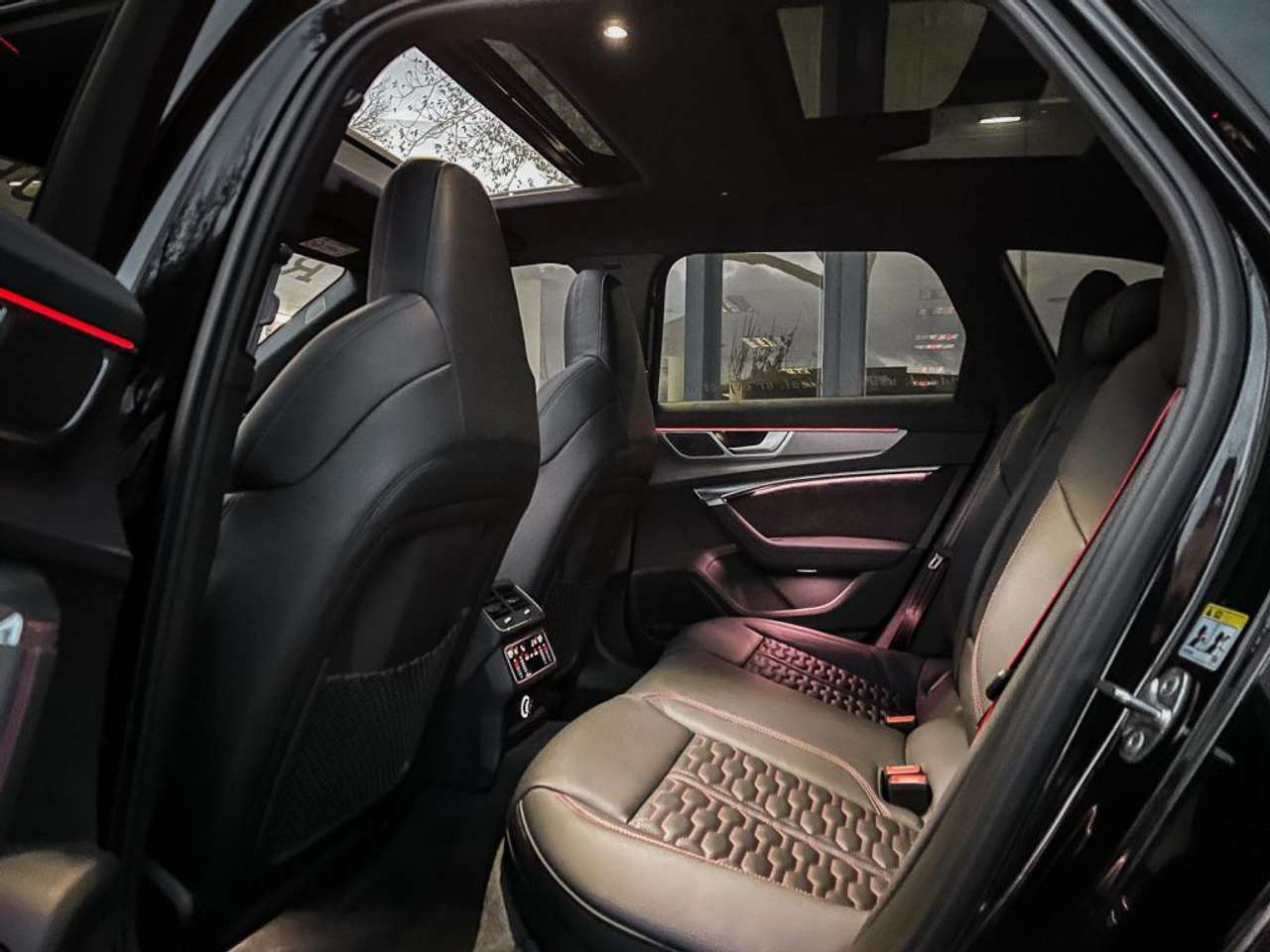 Audi-RS6-Jon-Olsson-for-sale-9