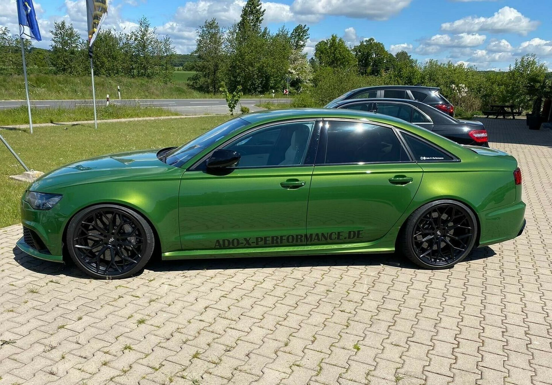 Audi-RS6-Sedan-green-2