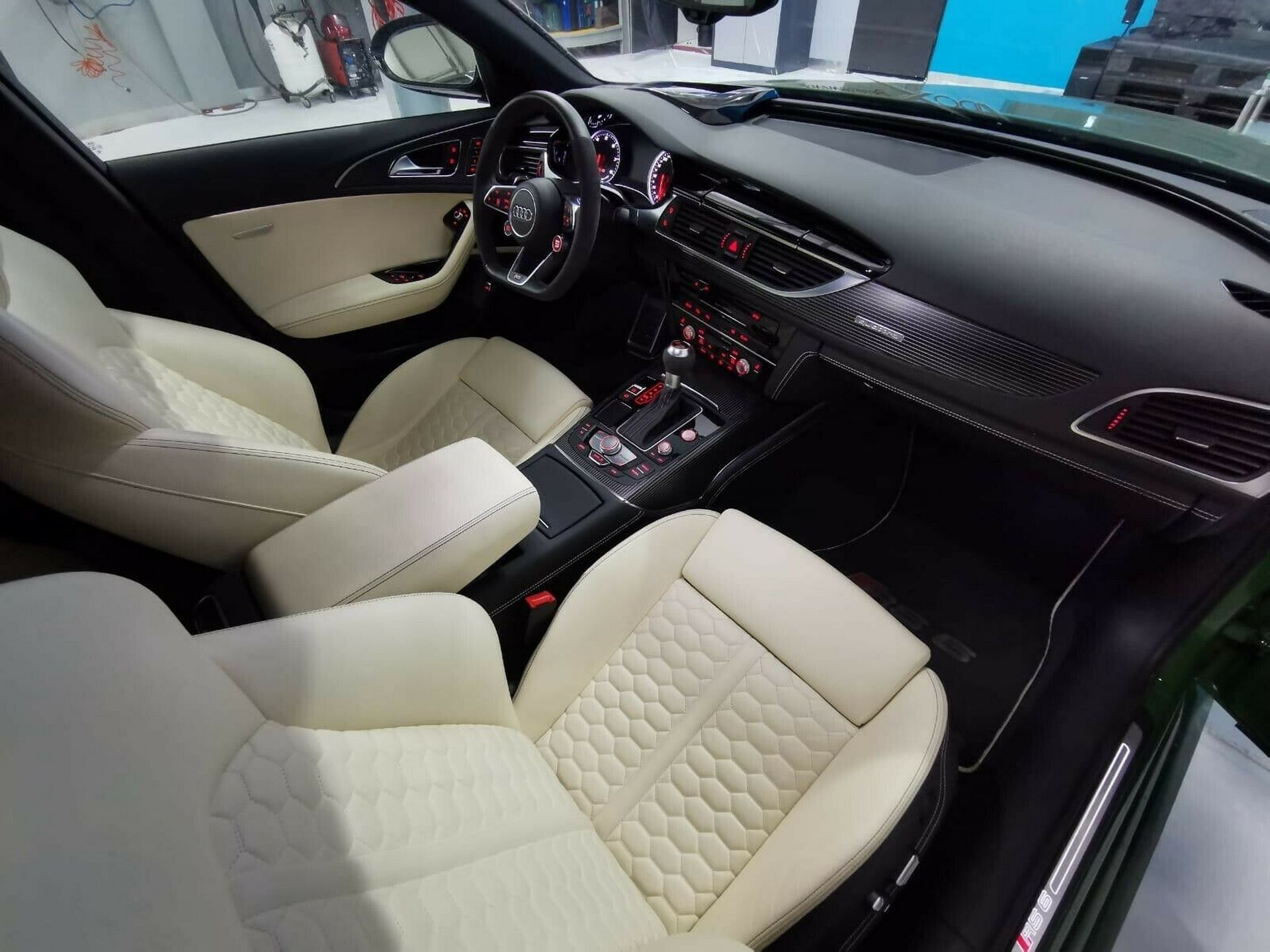 Audi-RS6-Sedan-green-8