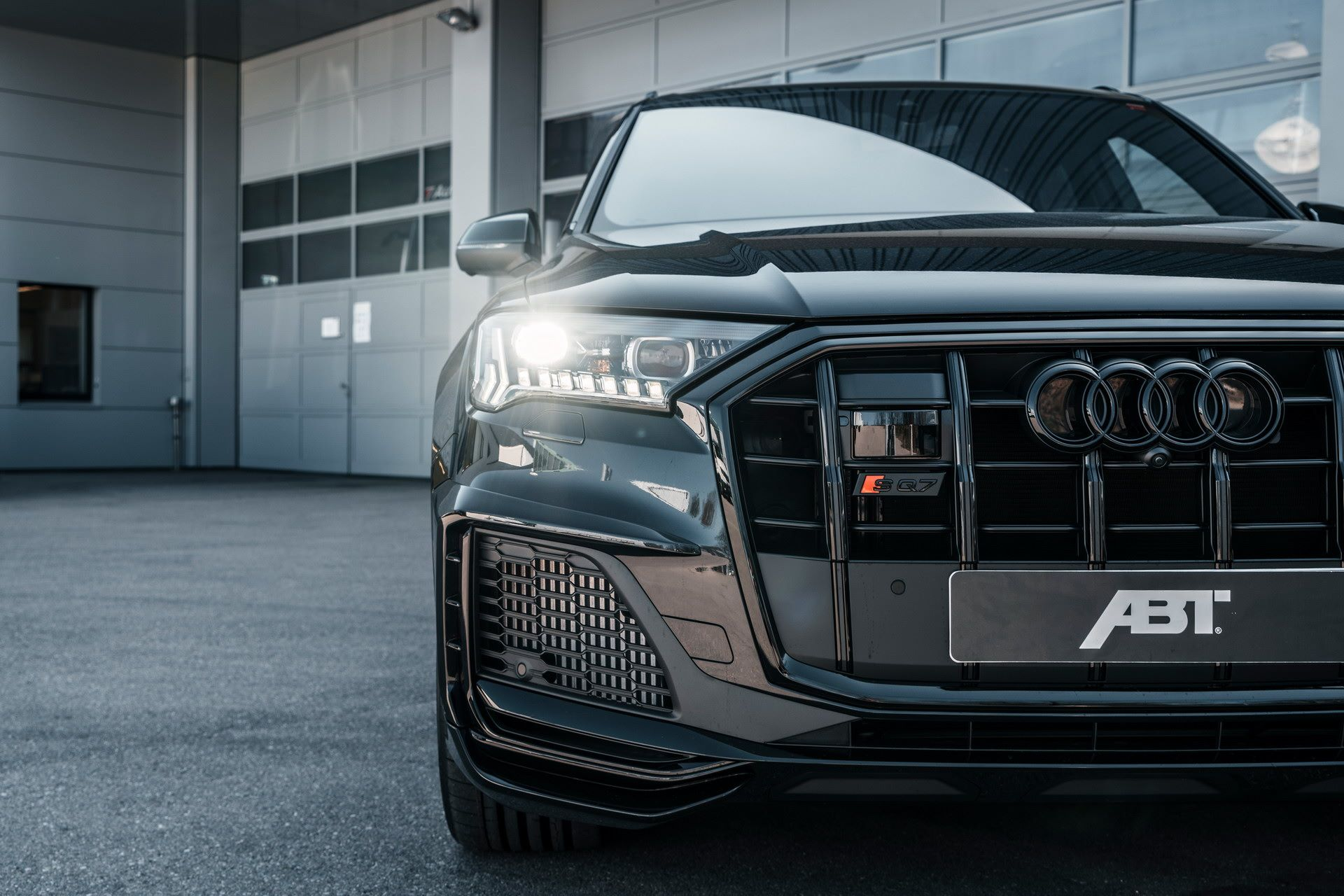 Audi-SQ7-tuned-by-ABT-Sportsline-6