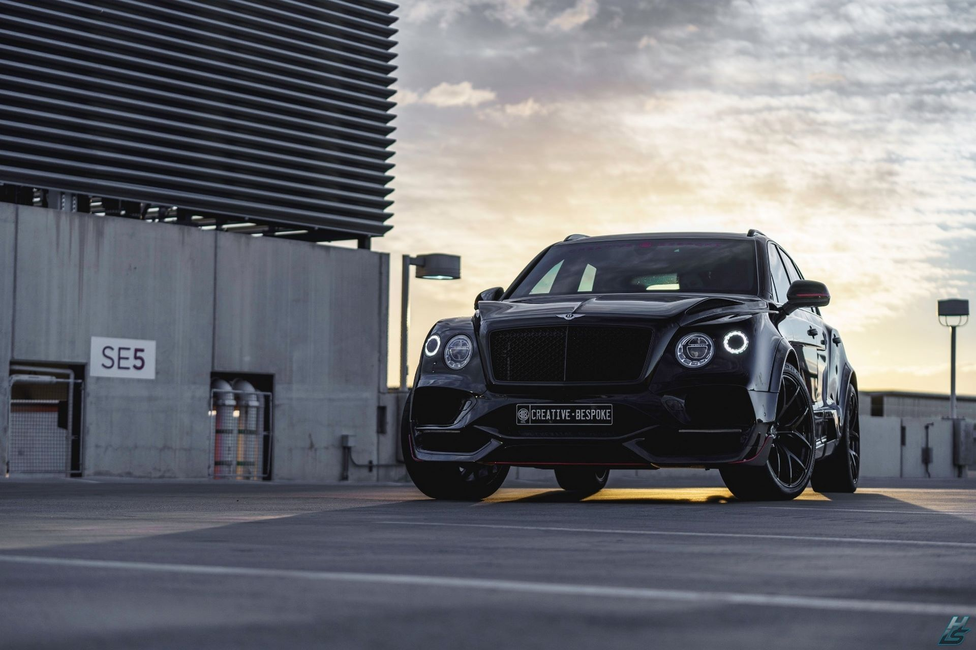 Bentley-Bentayga-by-Creative-Bespoke-3
