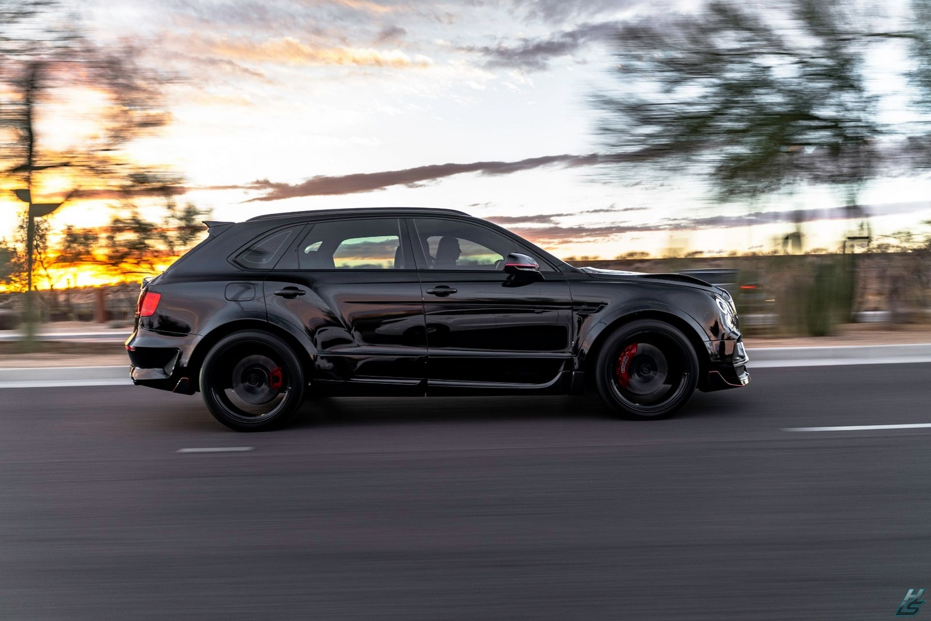 Bentley-Bentayga-by-Creative-Bespoke-51