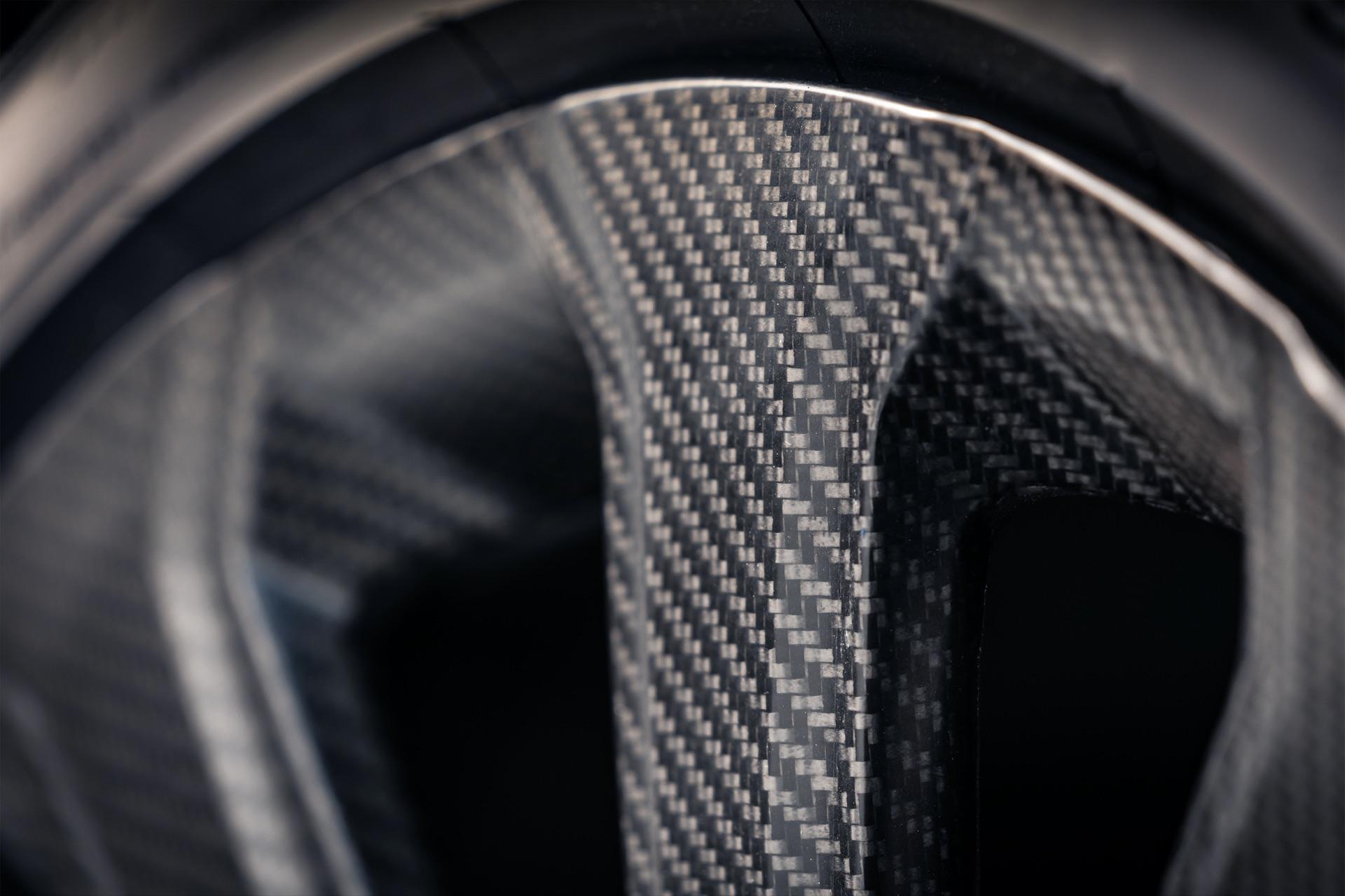 Bentayga-Carbon-Wheel-5