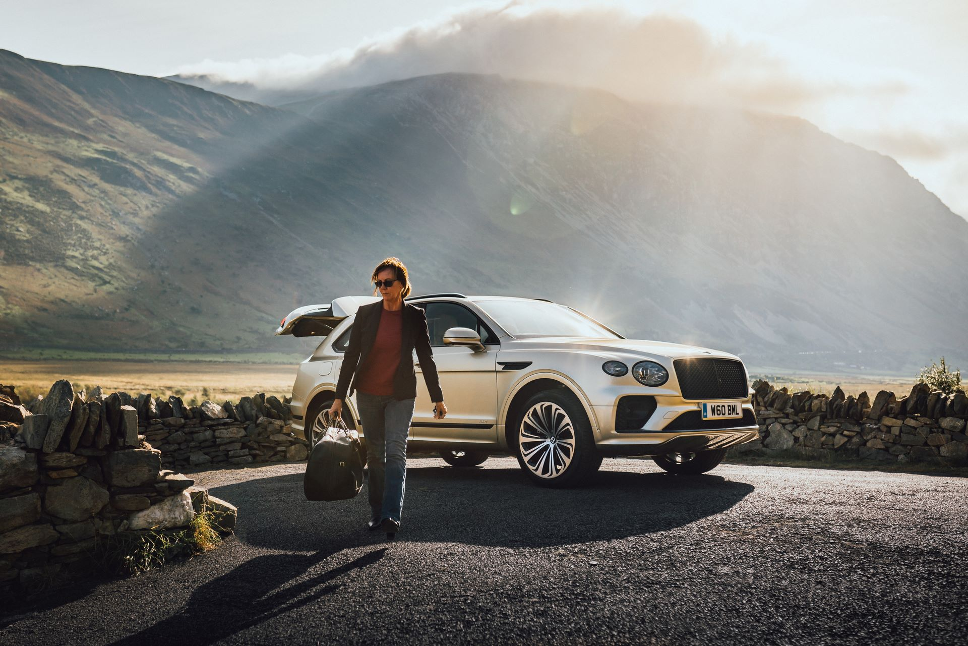 Bentley-Bentayga-Hybrid-Facelift-2021-14