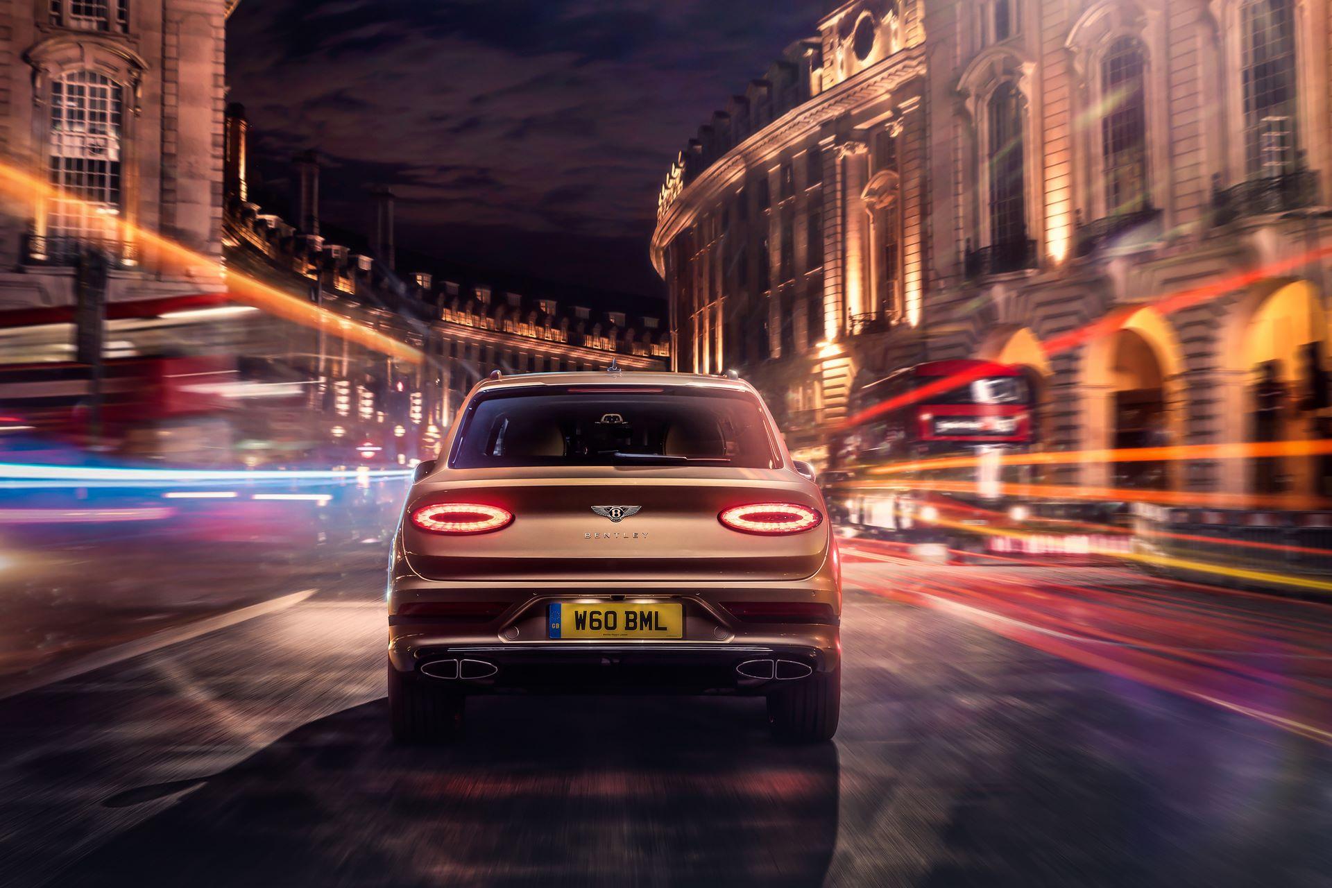 Bentley-Bentayga-Hybrid-Facelift-2021-5