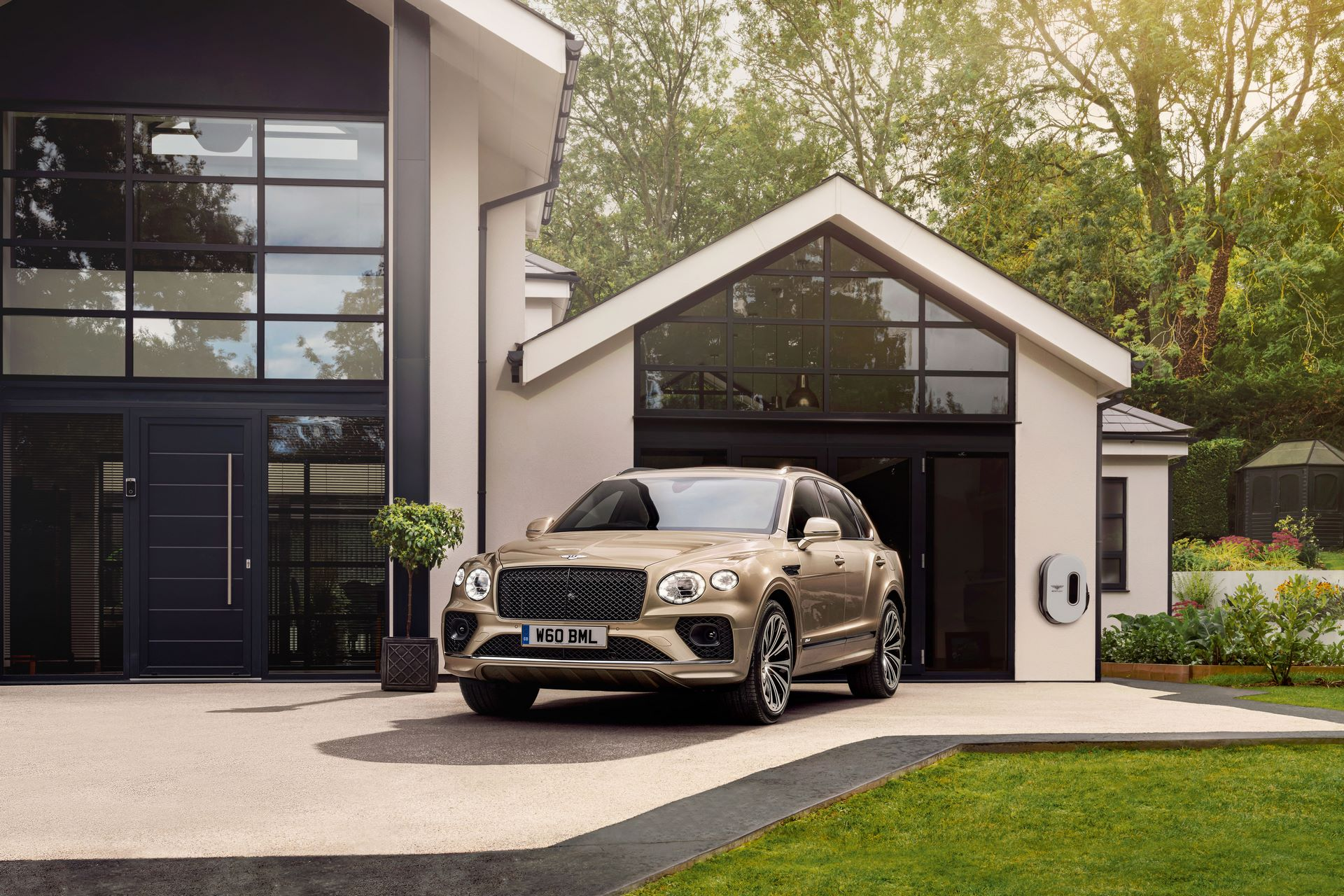 Bentley-Bentayga-Hybrid-Facelift-2021-8