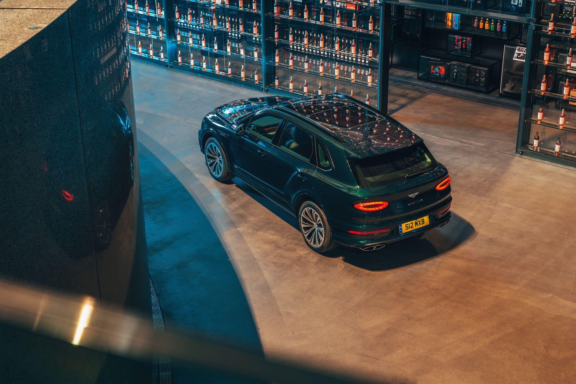 Bentley-Bentayga-Hybrid-for-The-Macallan-Estate-2