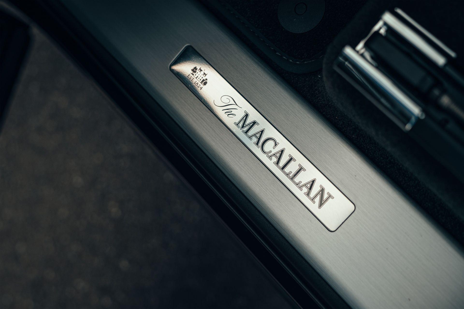 Bentley-Bentayga-Hybrid-for-The-Macallan-Estate-7
