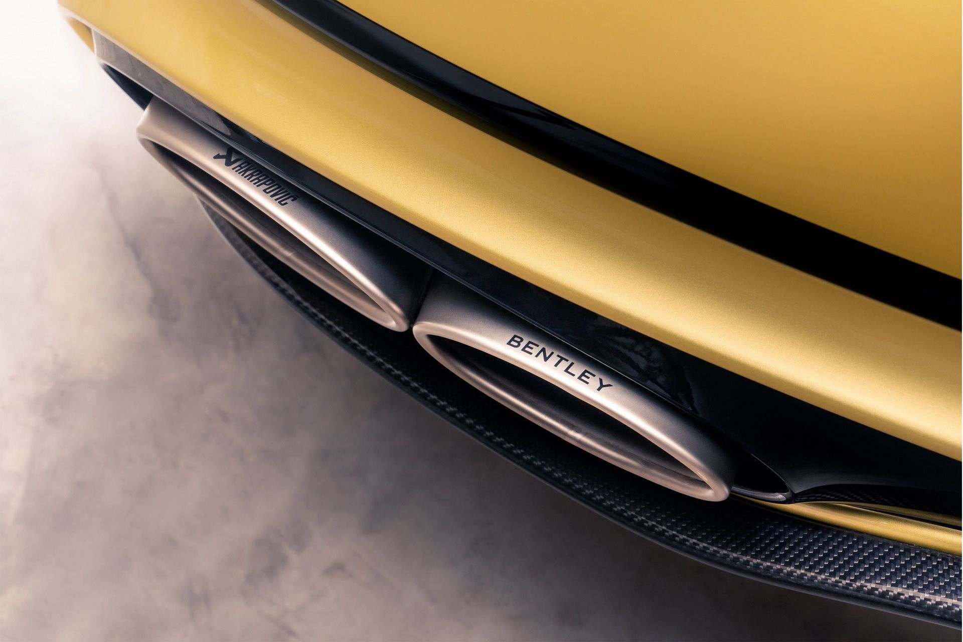 Bentley_Continental_GT_Speed_Akrapovic_Exhaust-0000